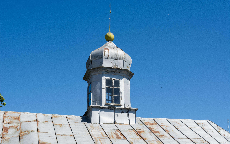 Сингурены, церковь Святой Параскевы / biserica sfinta cuvioasa parascheva din singureni photo