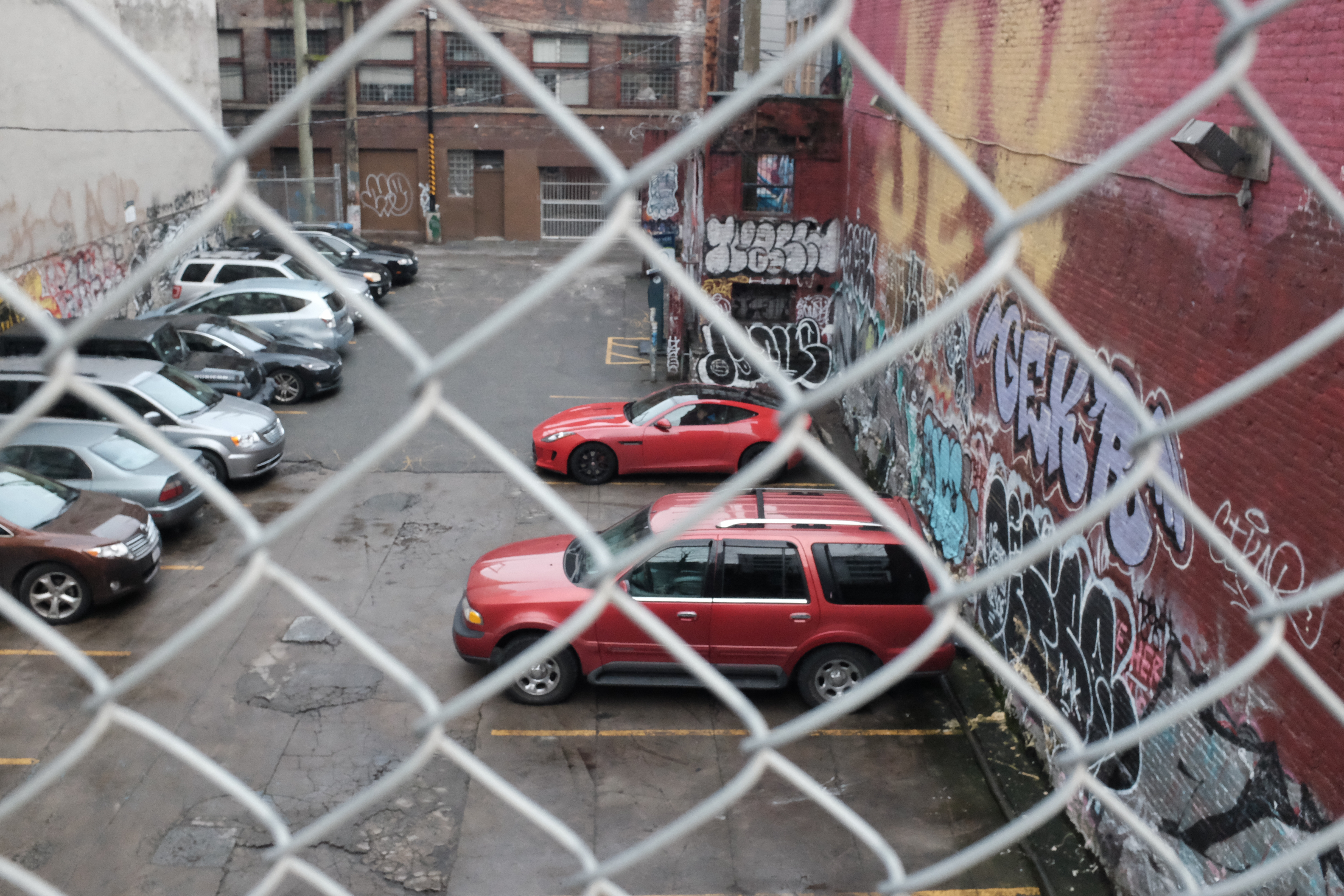 077 - revolver alley parking lot 19January2016 Vancouver X100T oocjpeg, Alley, Graffiti, Vancouver, Revolver, HQ Photo