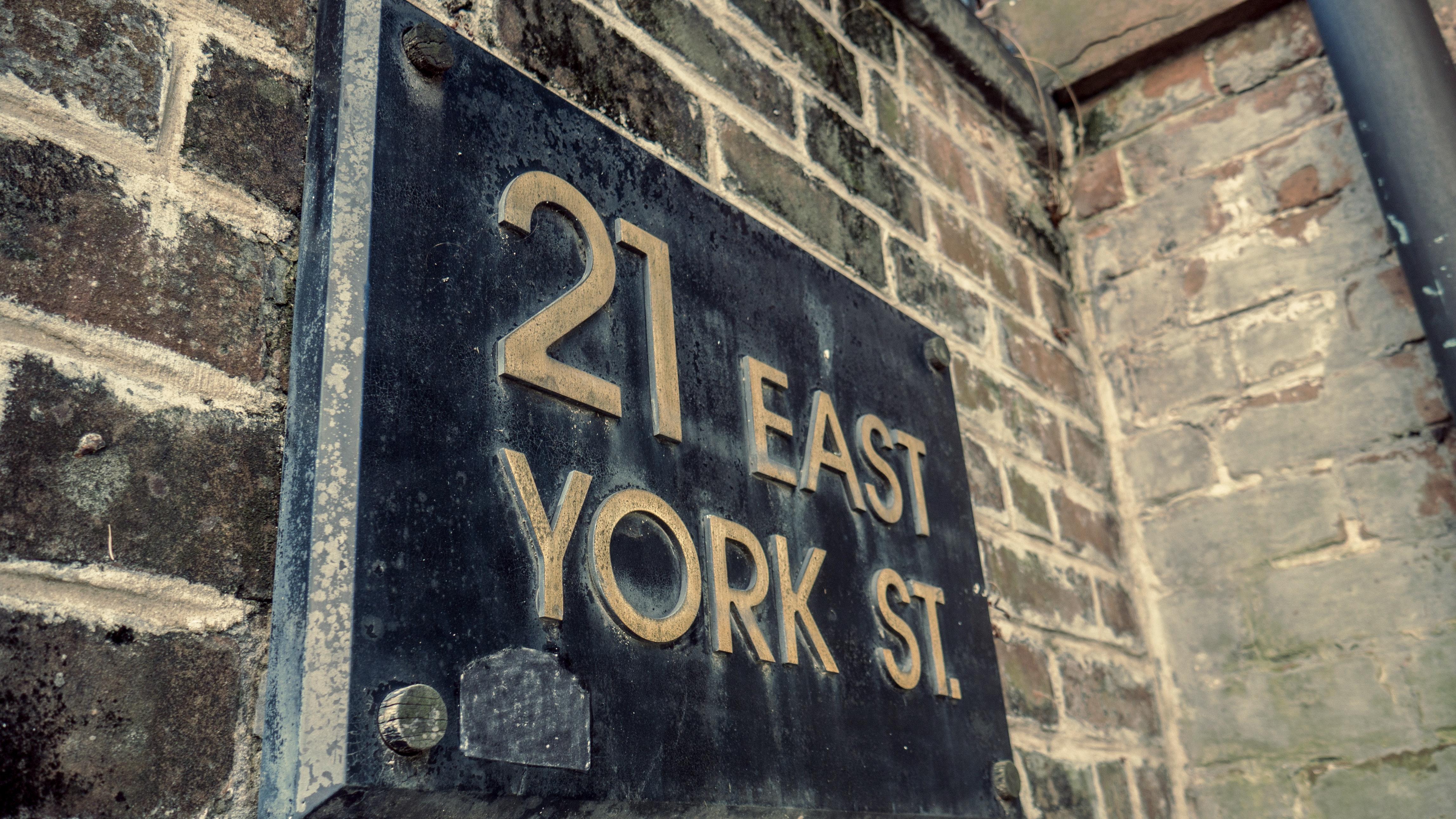21 east york street photo