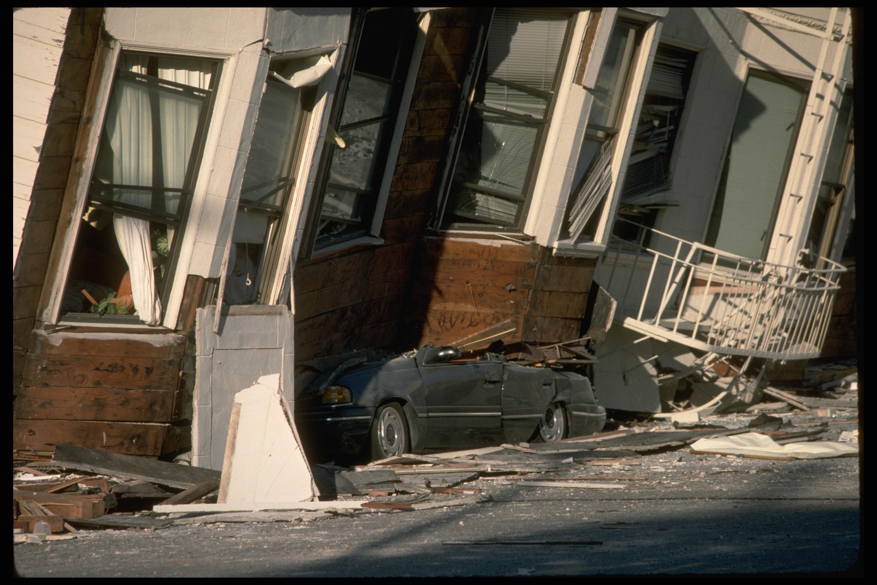 25 years since loma prieta earthquake photo