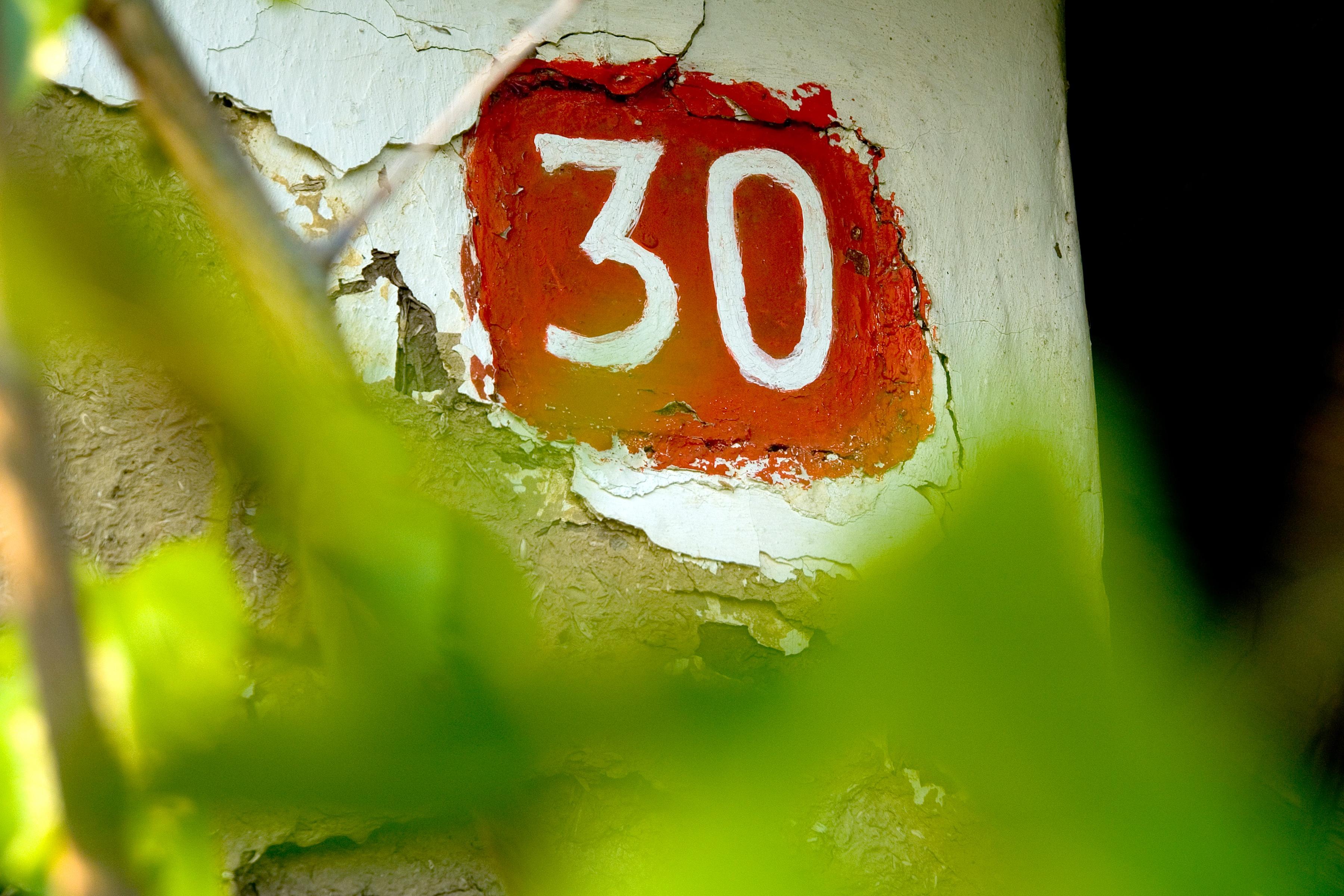 30 photo