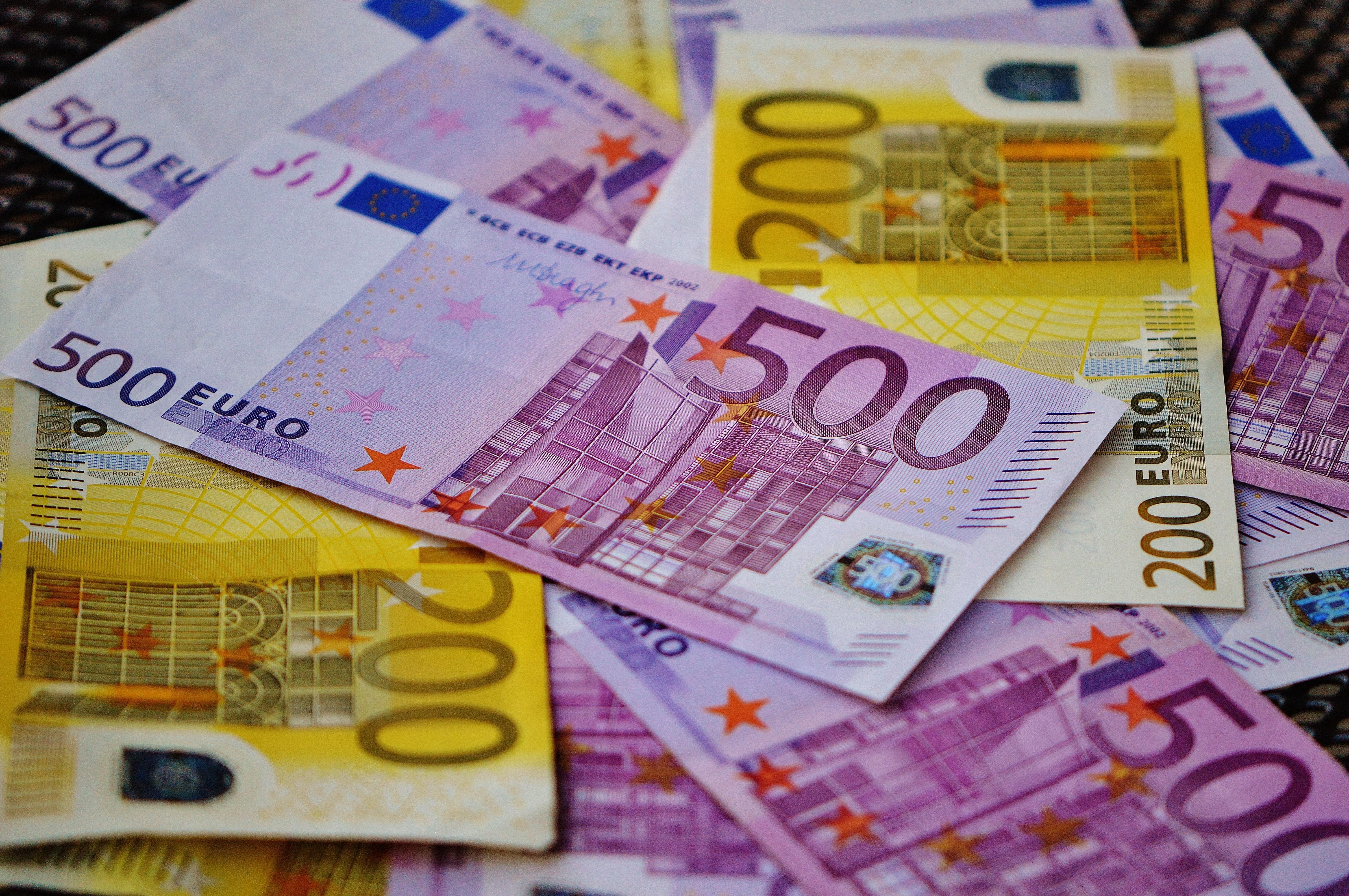 500 Euro Bill, Bank notes, Bills, Cash, Currency, HQ Photo
