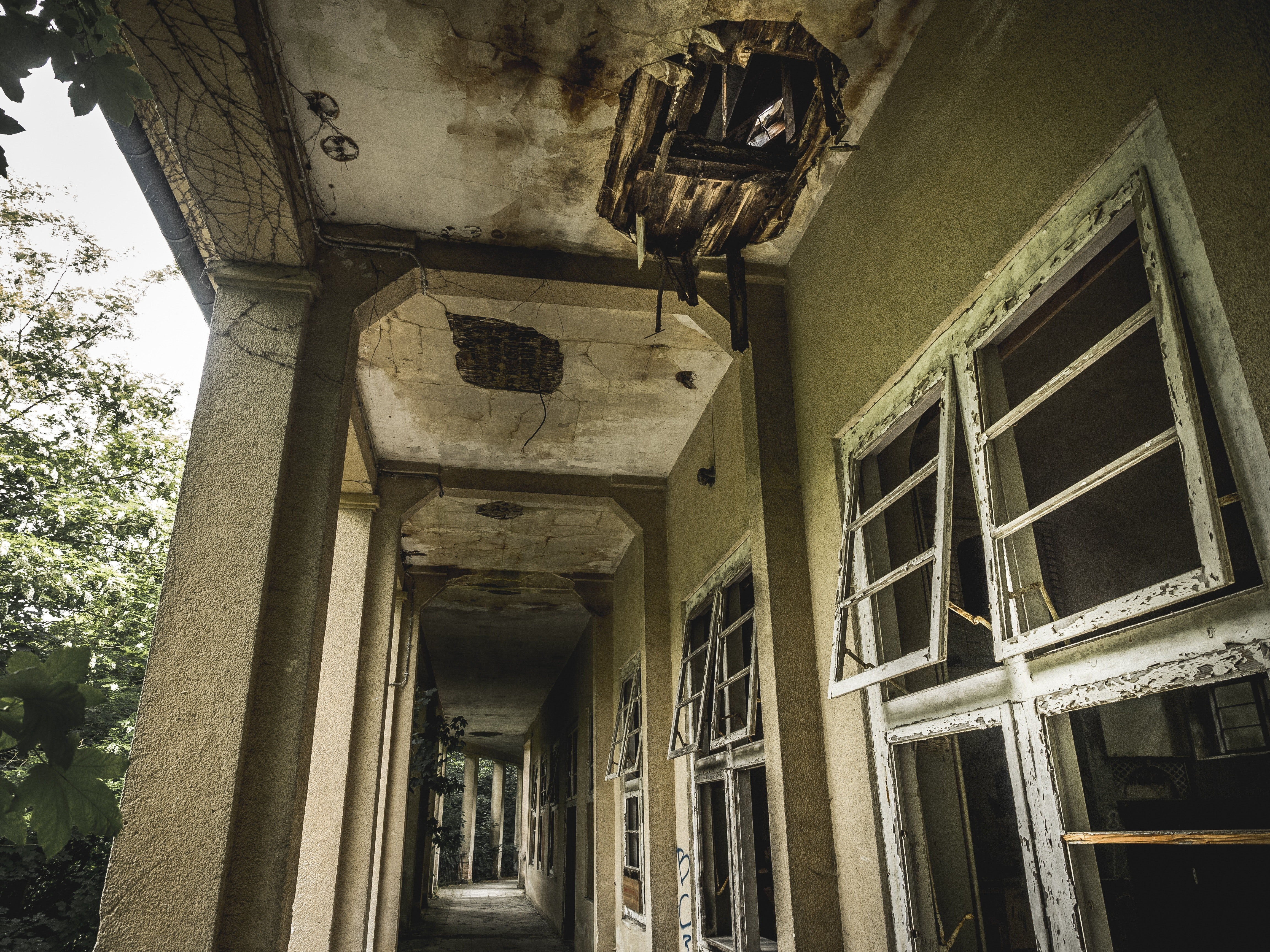 Low Angle View of Abandoned Building Against Sky · Free Stock Photo