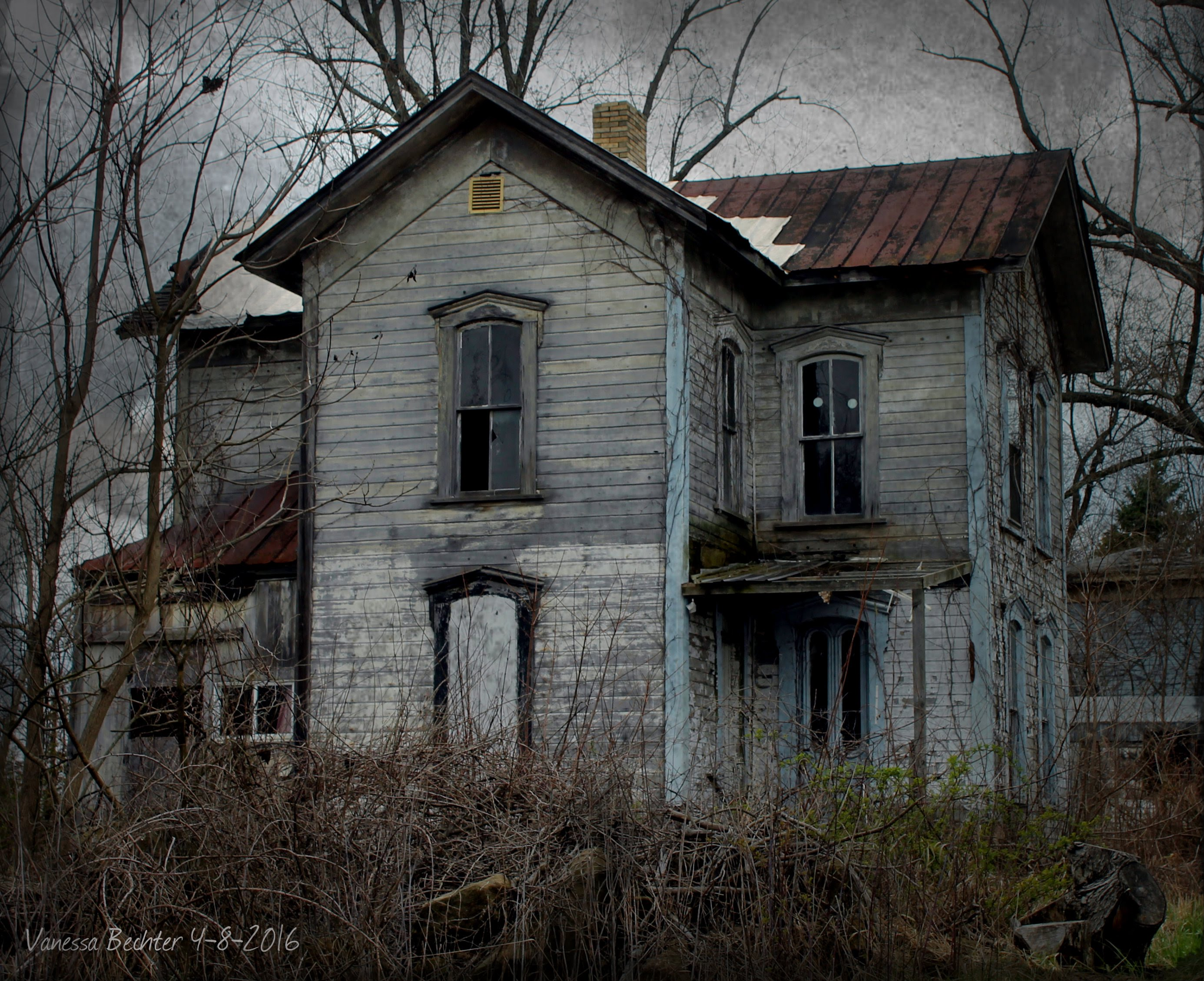 Abandoned house on River Hill Rd. Tuscarawas Co. Ohio - YouTube