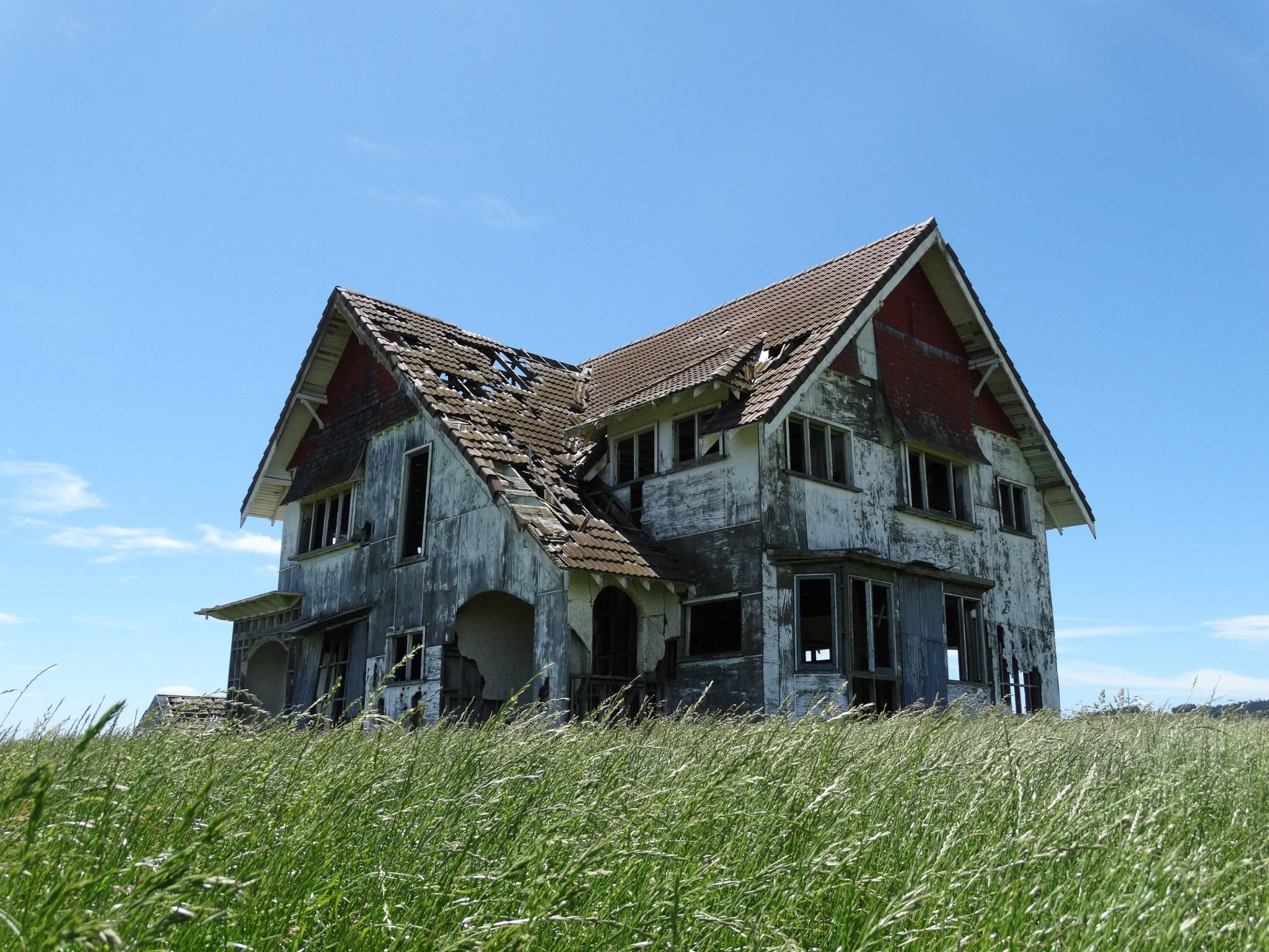 Ahiaruhe Abandoned House - Carterton   Paranormal NZ