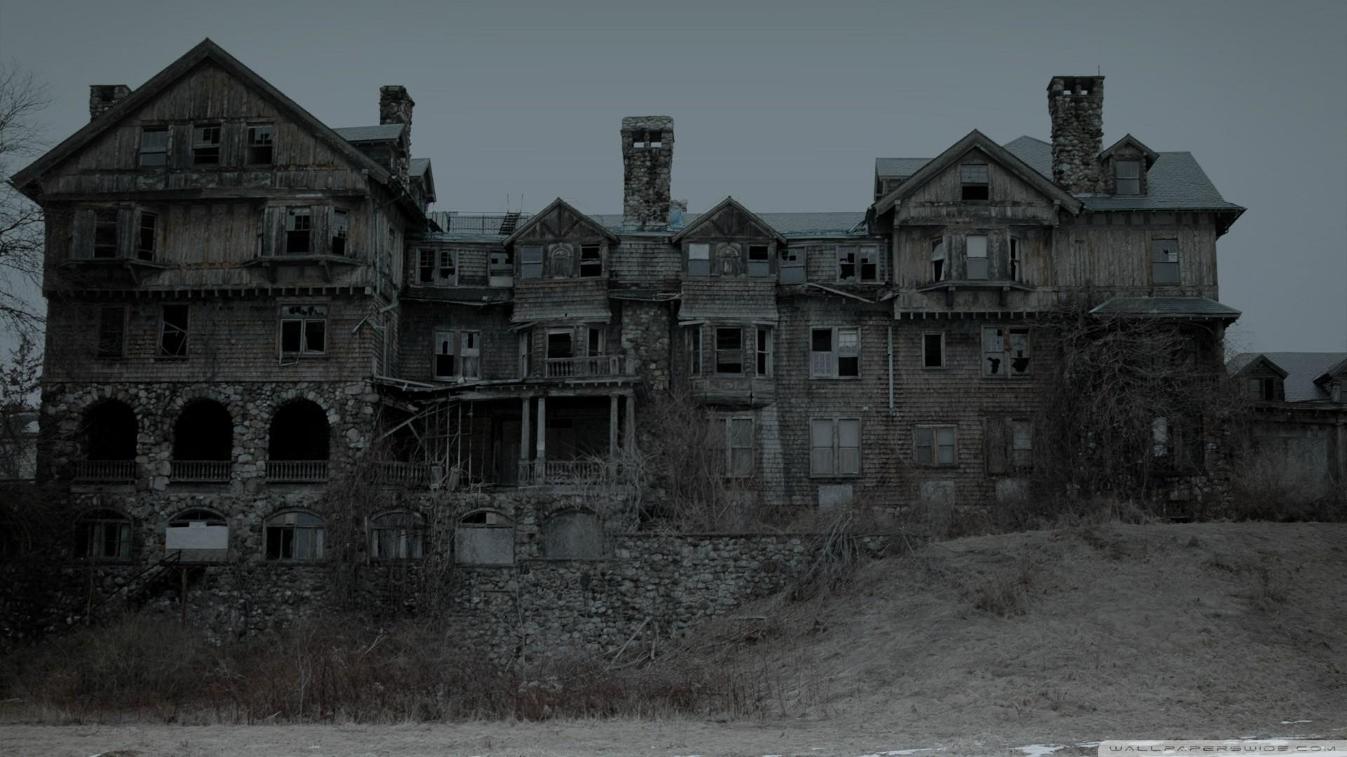 Abandoned House. - Imgur
