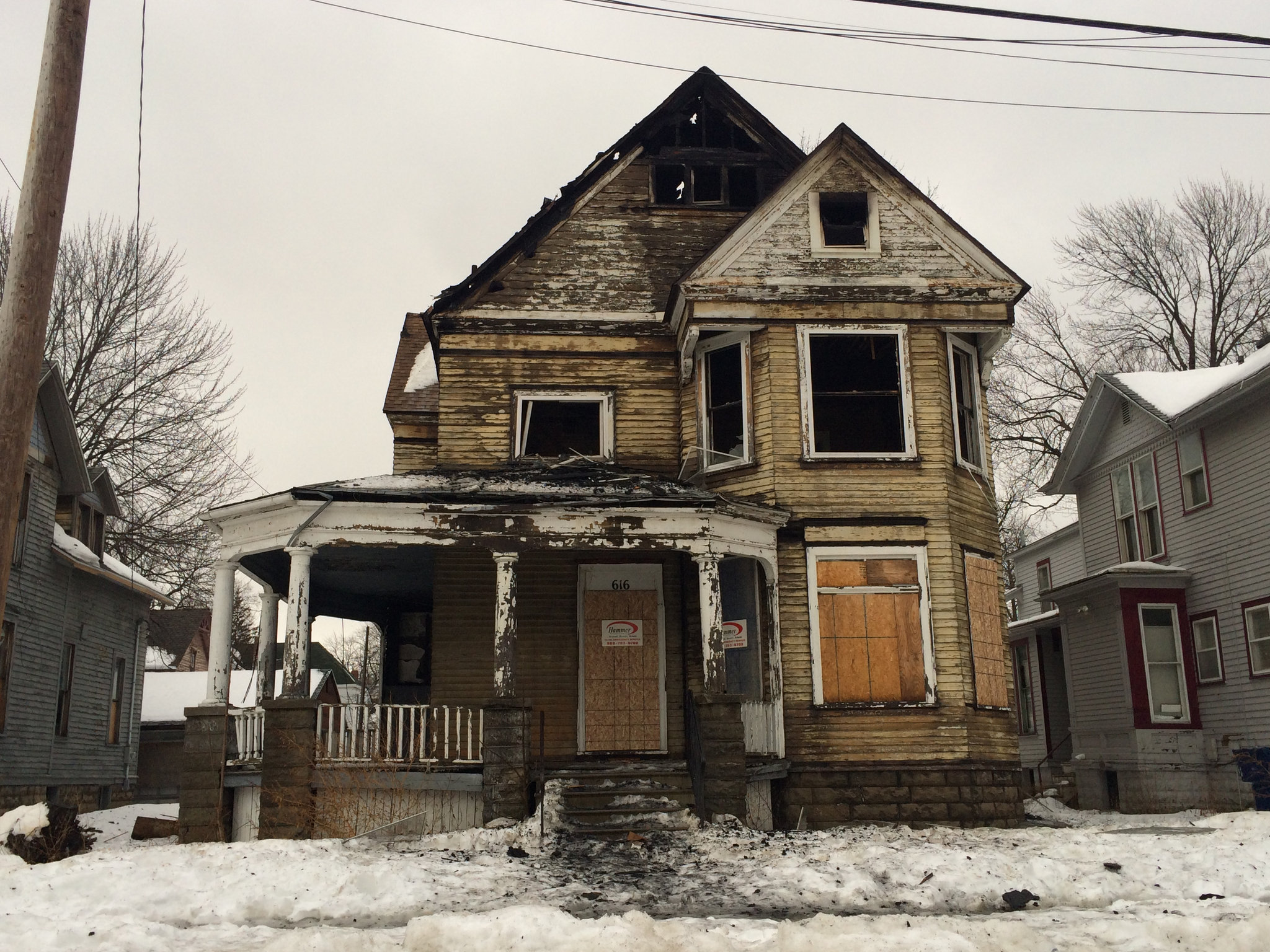 No injuries reported in blaze at abandoned house on Grant Street in ...