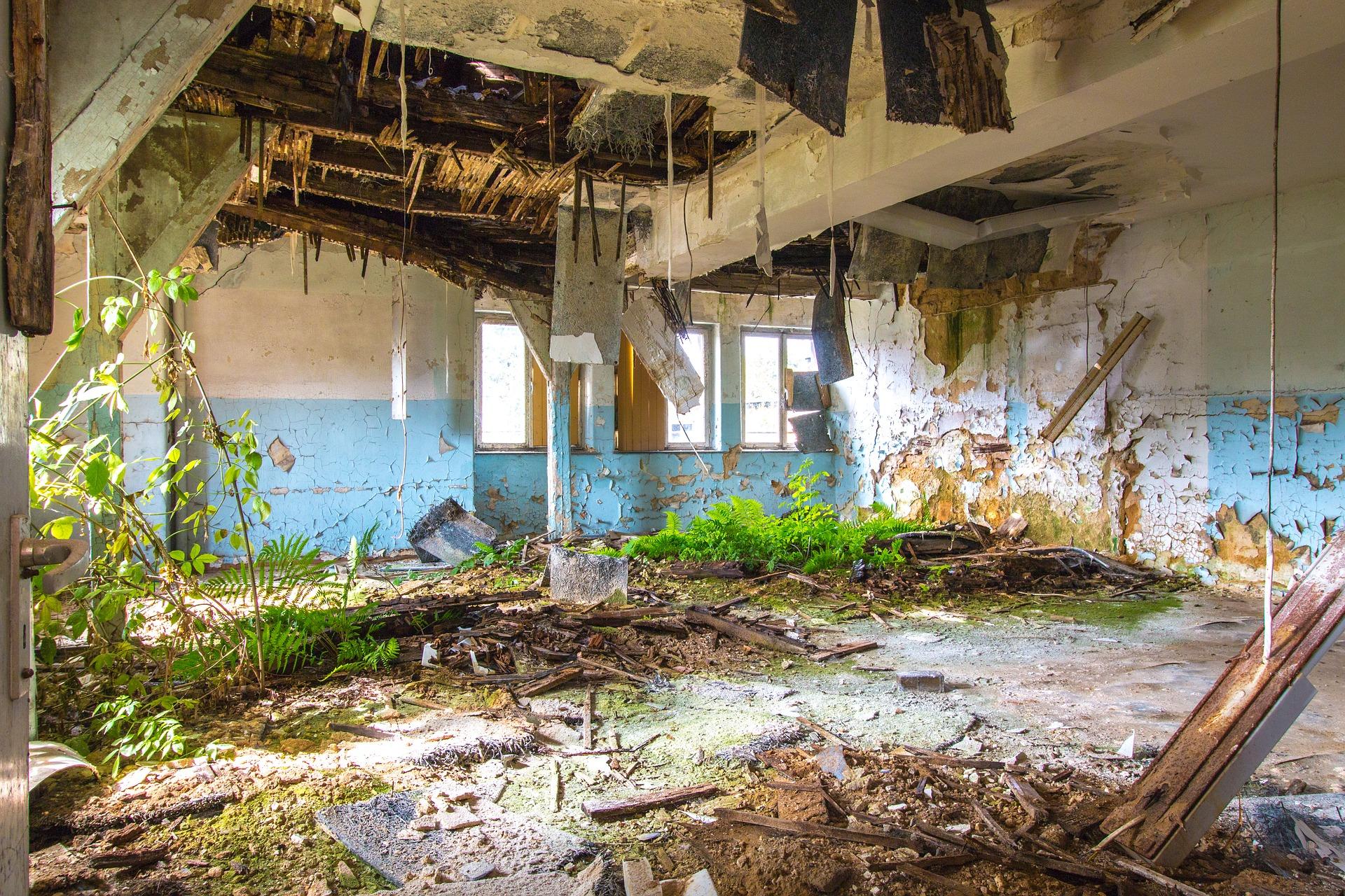 Abandoned place photo