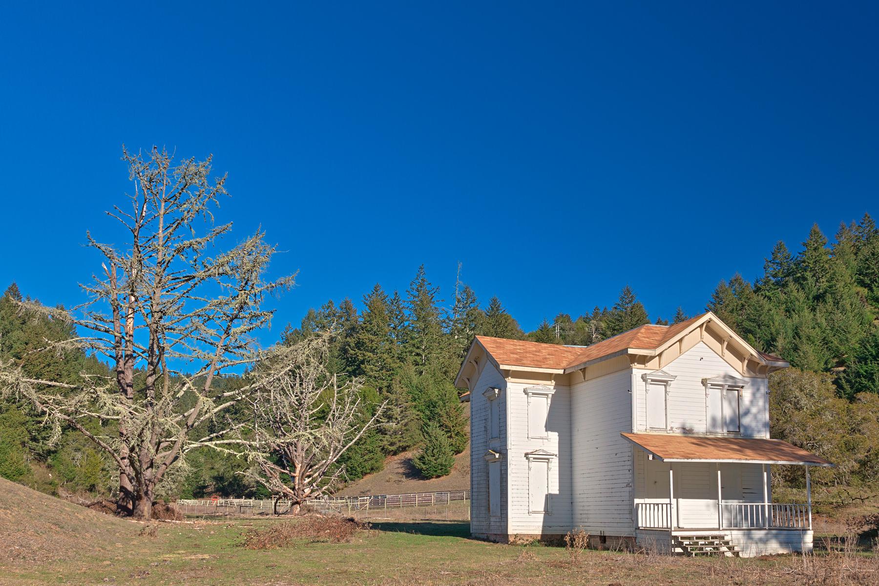 Abandoned property - hdr photo