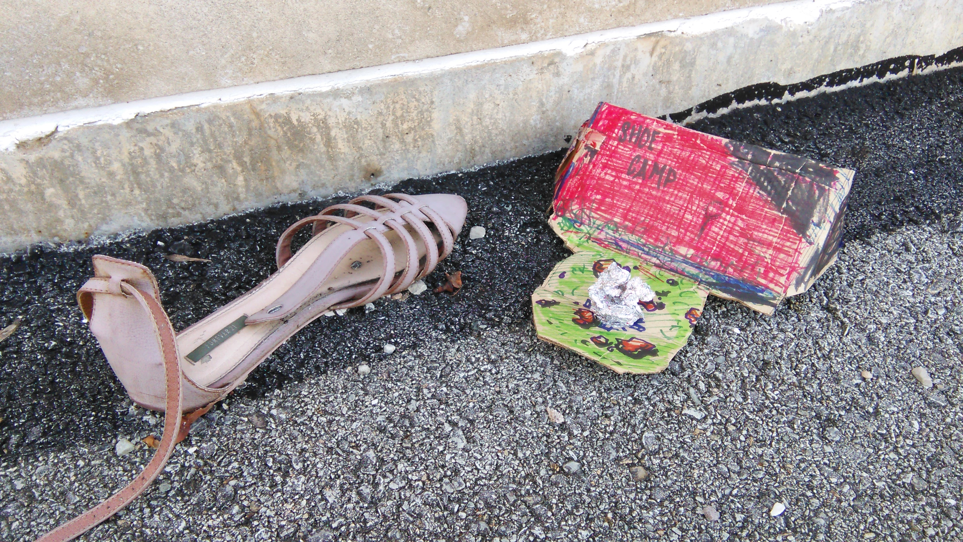 Empathy test for abandoned shoe – Fifty State Banana