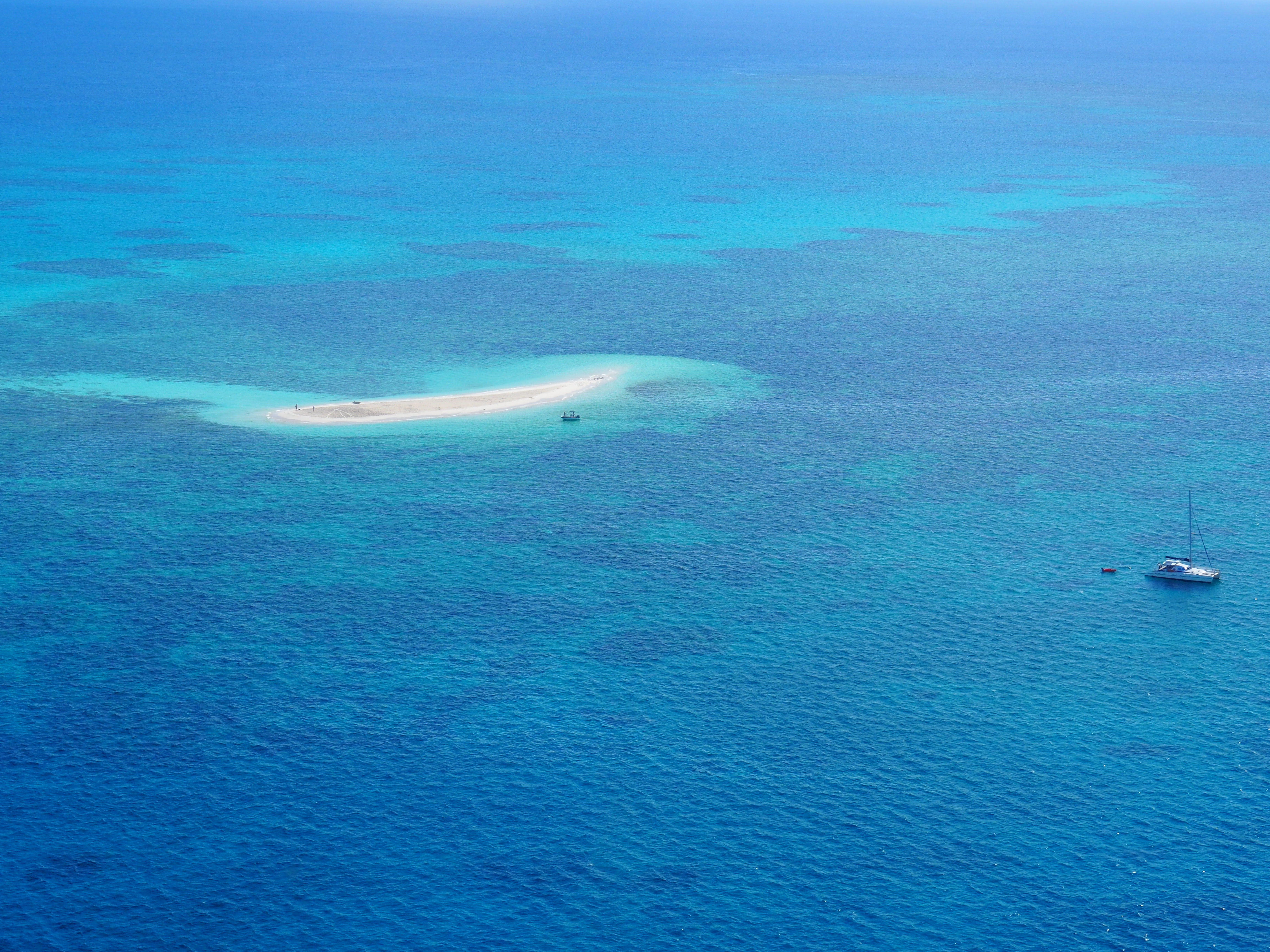 Aerial Photography Of Body Of Water, Australia, Bird's eye view, Boat, Daylight, HQ Photo