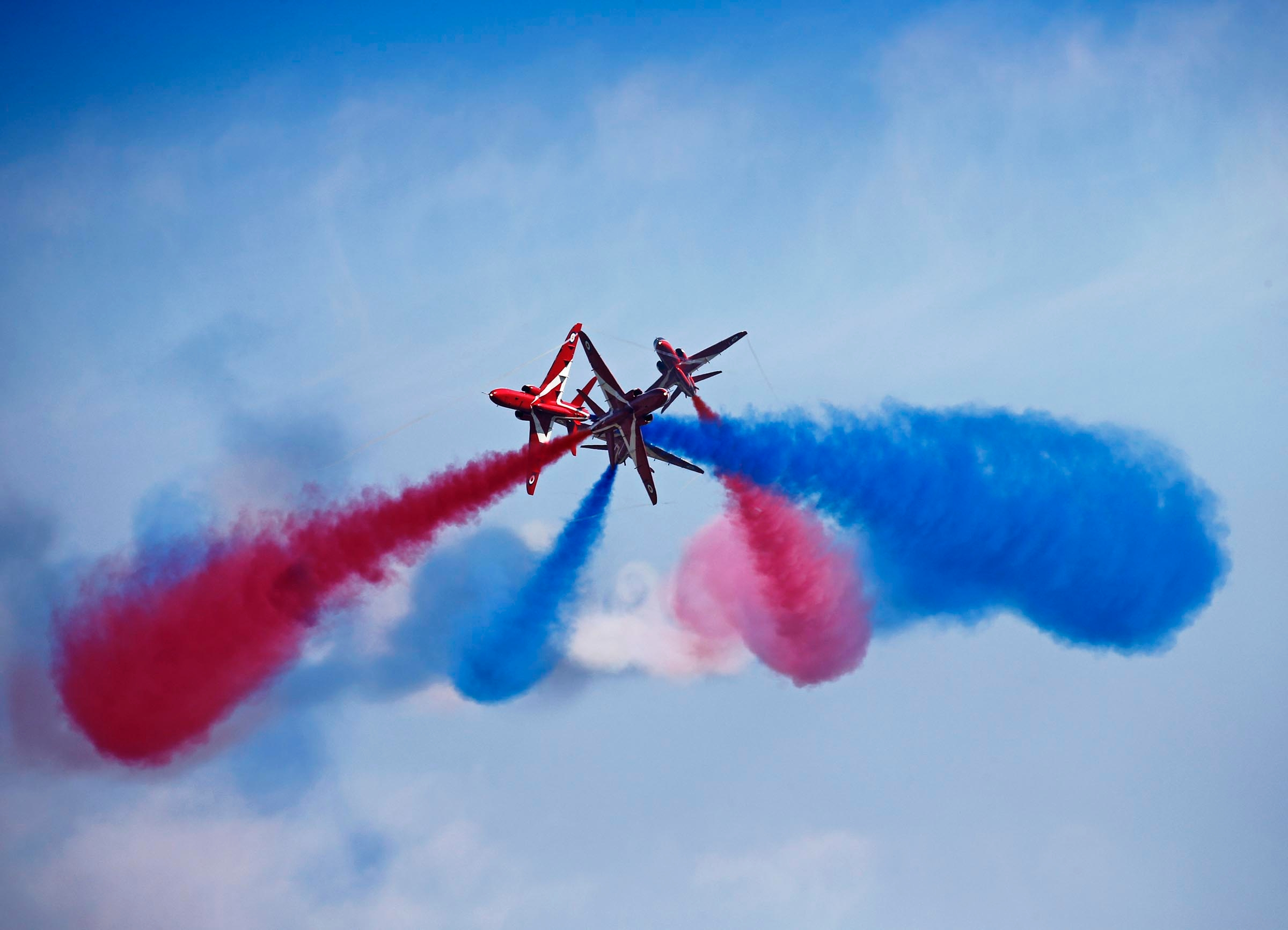 Royal Air Force Aerobatic Team, the Red Arrows cancel its aerobatic ...