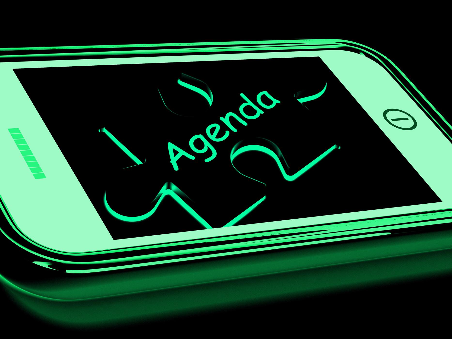Agenda smartphone shows internet calendar and schedule photo