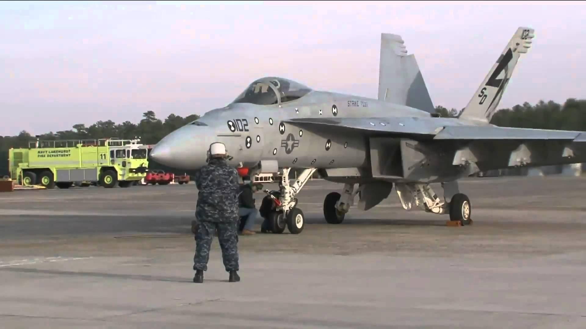 Aircraft launch photo