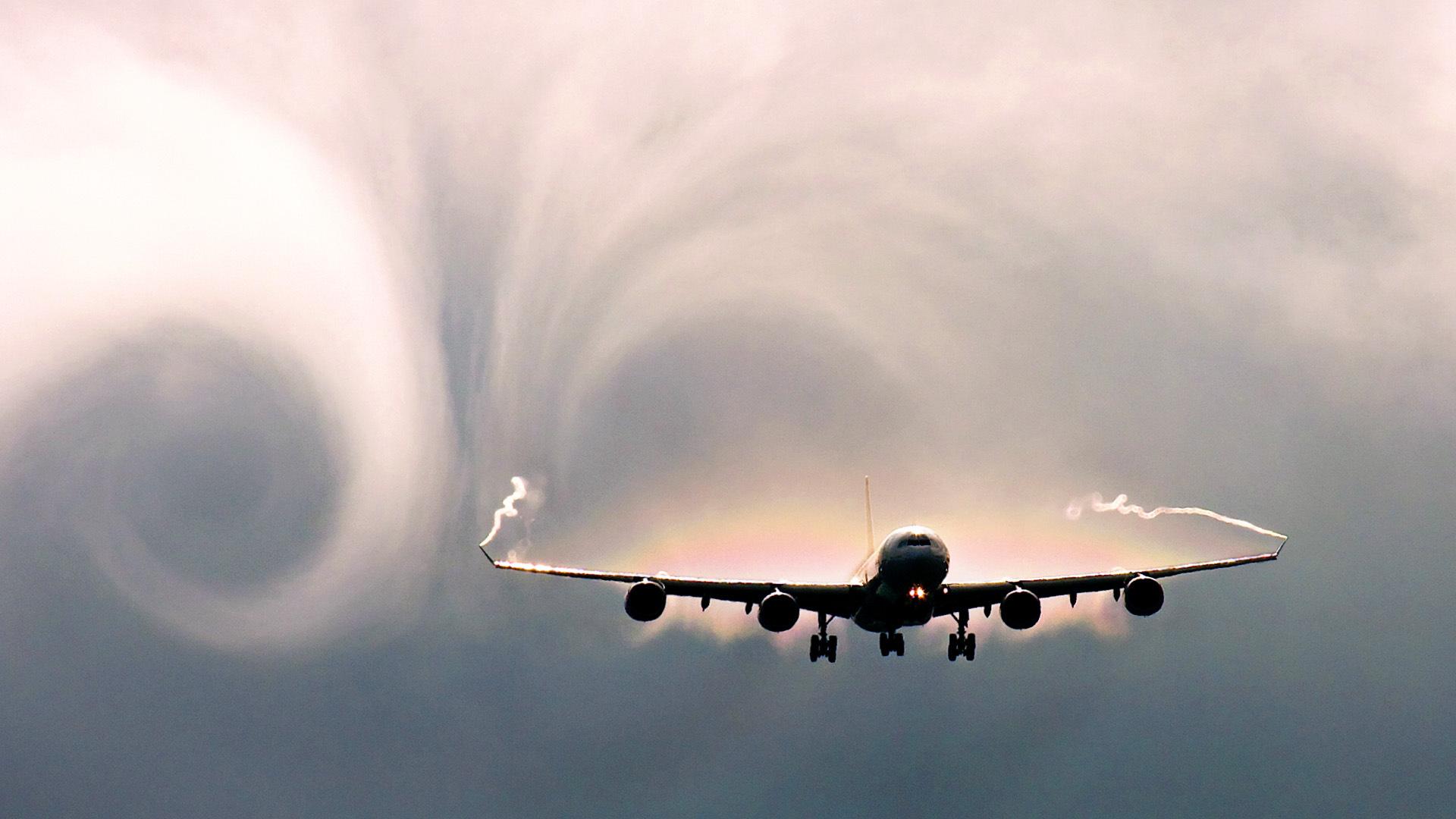 What severe turbulence looks like inside an airplane – BGR