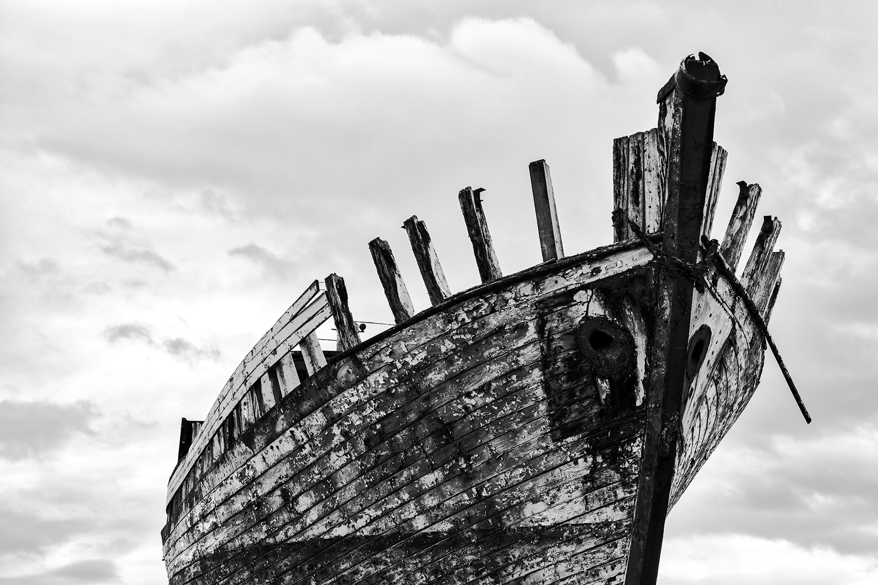 Akranes Shipwreck - Black & White, , Peeled, Rust, Rundown, HQ Photo