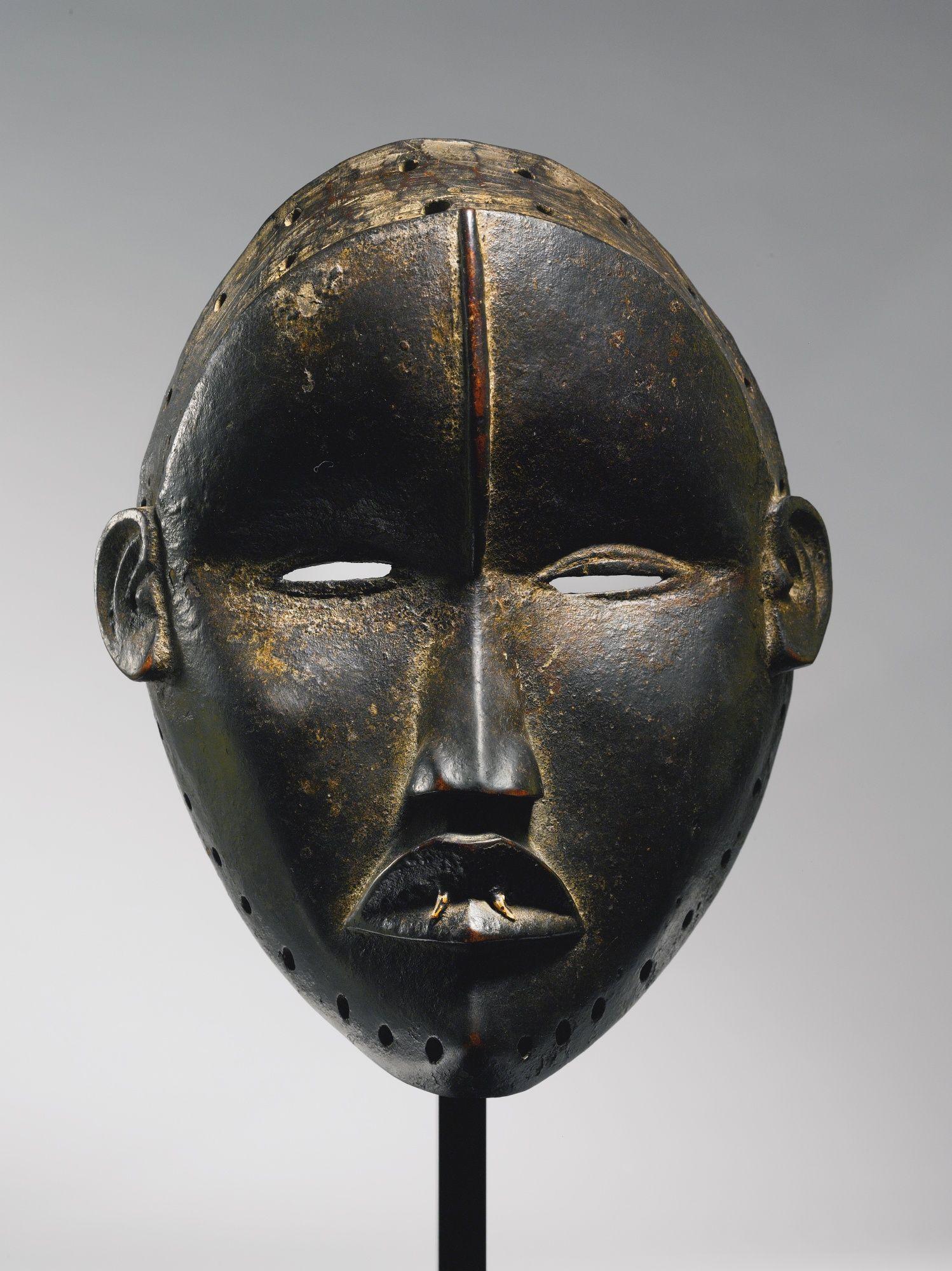 Mano Mask, Liberia | lot | Sotheby's | Masks & Headdresses ...