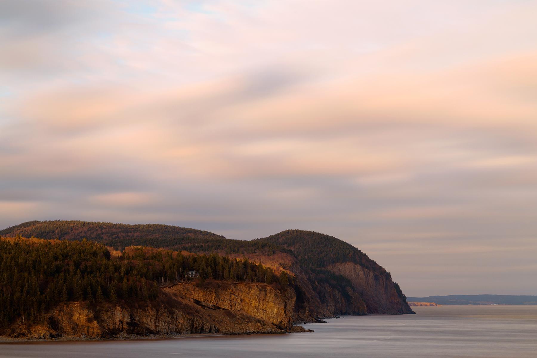 Alma Wonderland Coast, NB, Rockface, Rock, Red, HQ Photo