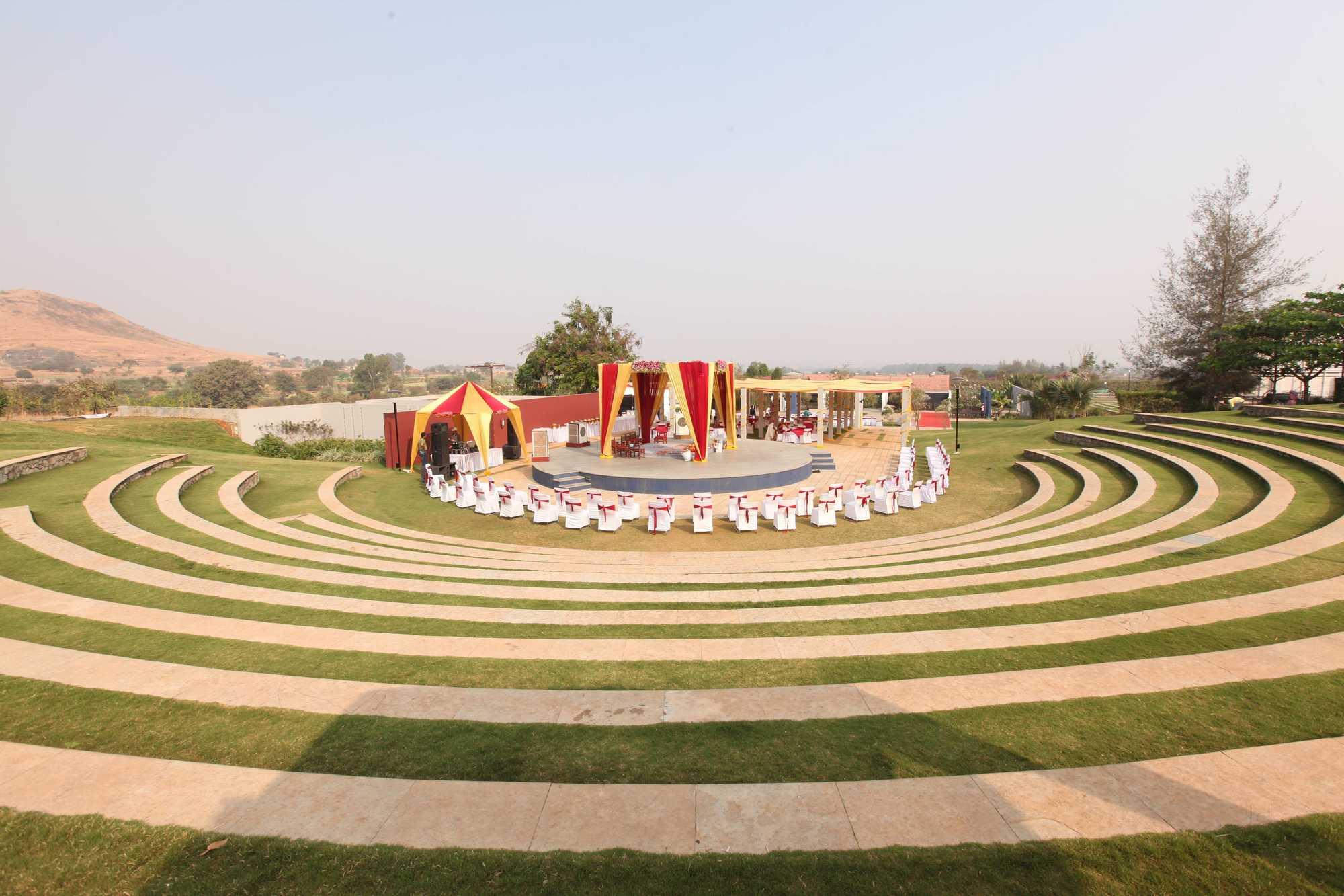 Amphitheatre at Sula Vineyards Photos, Gangavarhe, Nashik- Pictures ...