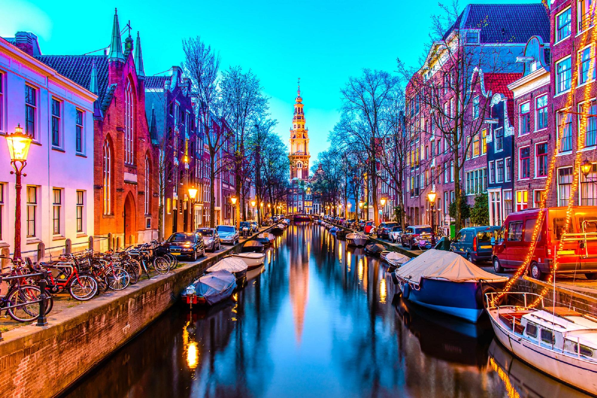 Cheap Amsterdam Getaway: 2 - 3 Nts incl. B&B & Flights from only £89 pp