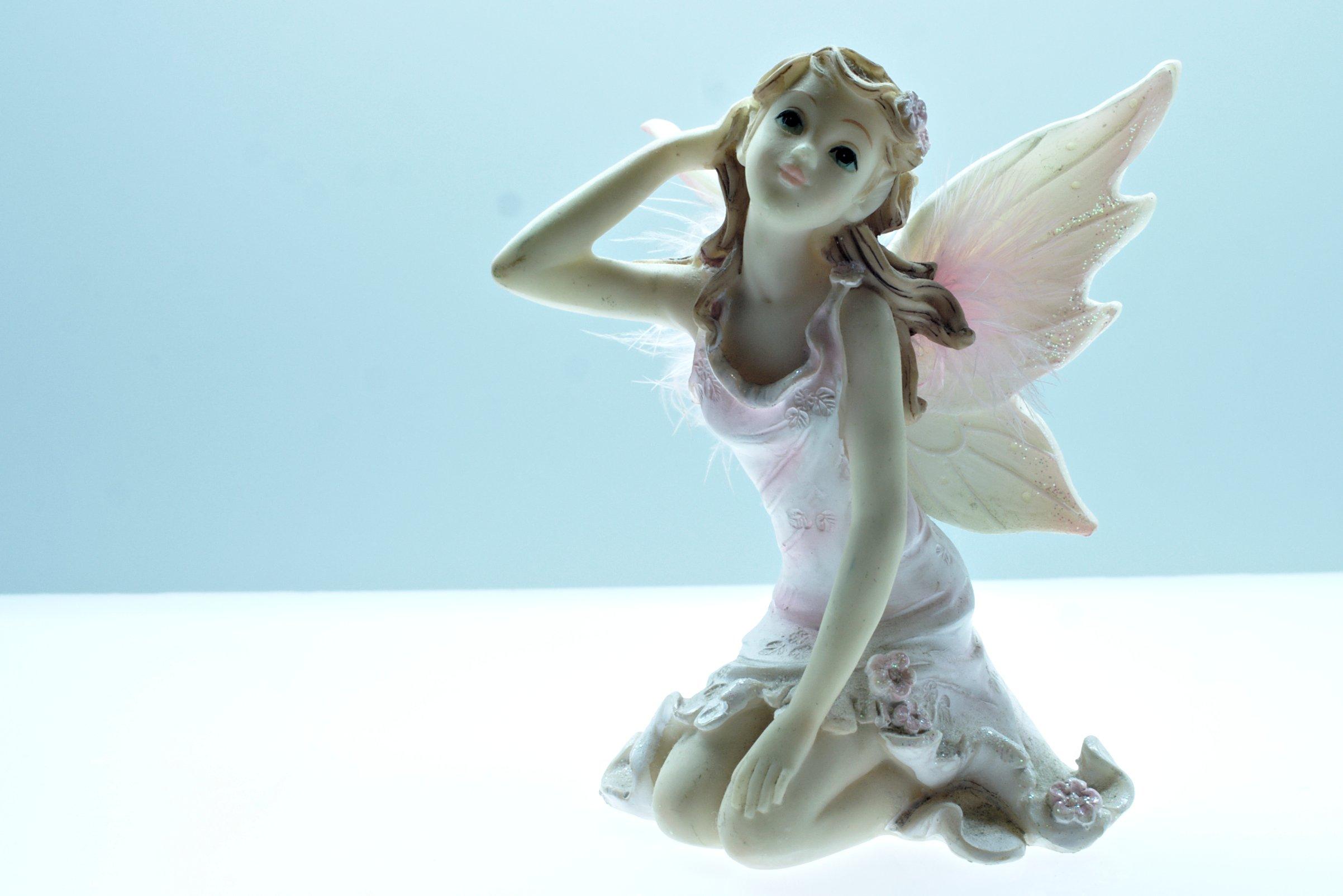 Angel figurine, Angel, Sitting, Object, Old, HQ Photo