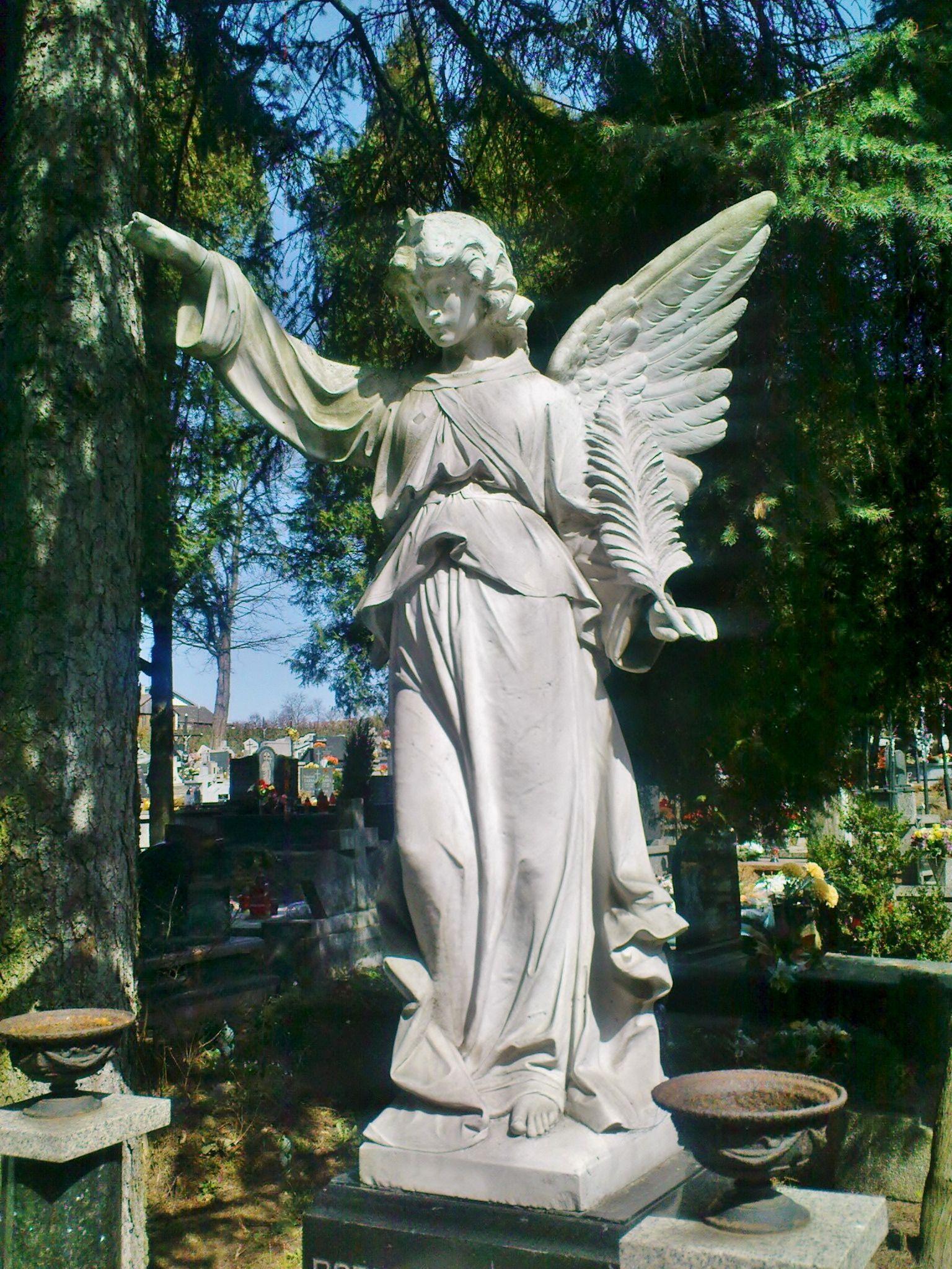 Łużna - Guardian Angel statue | angels | Pinterest | Angel statues ...