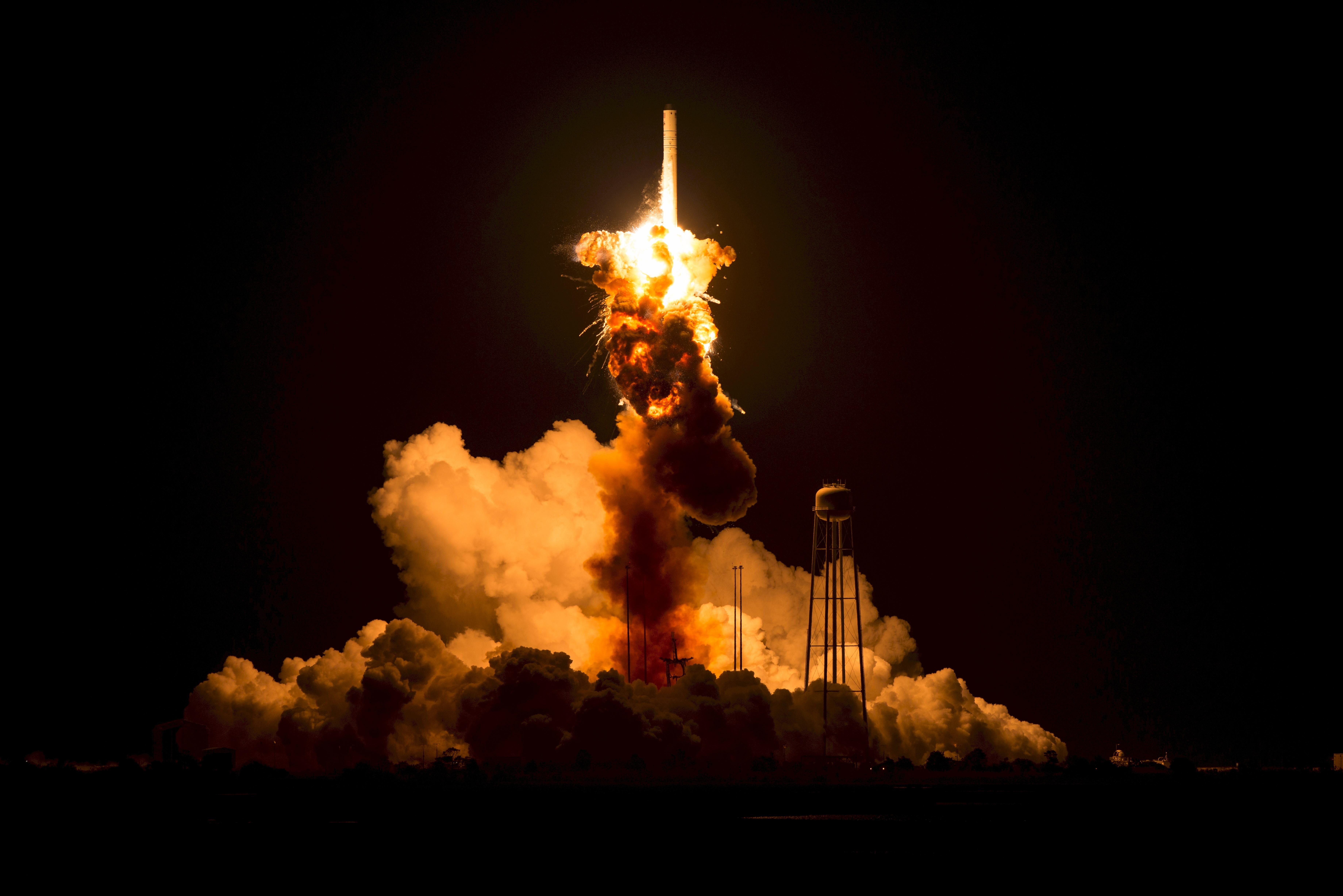 Antares Orb, Experiment, Failed, Launch, Lunar, HQ Photo