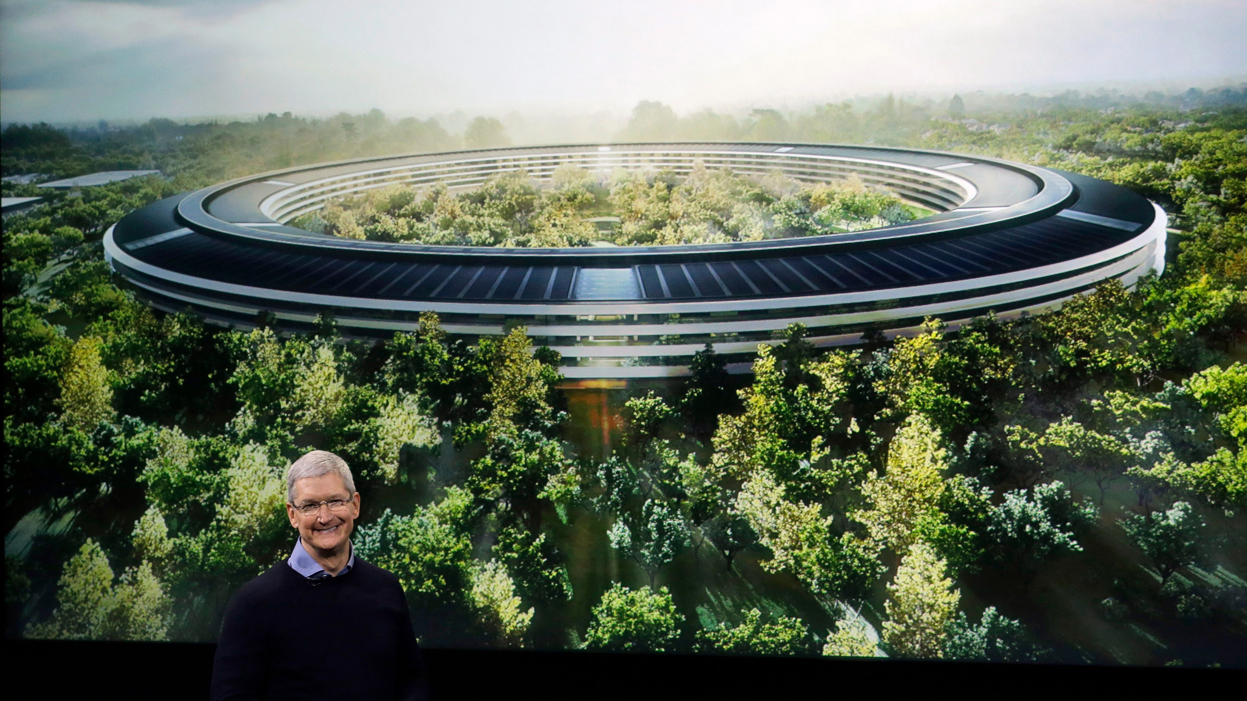 Apple's new $5 billion Apple Park campus has a 100,000-square-foot ...