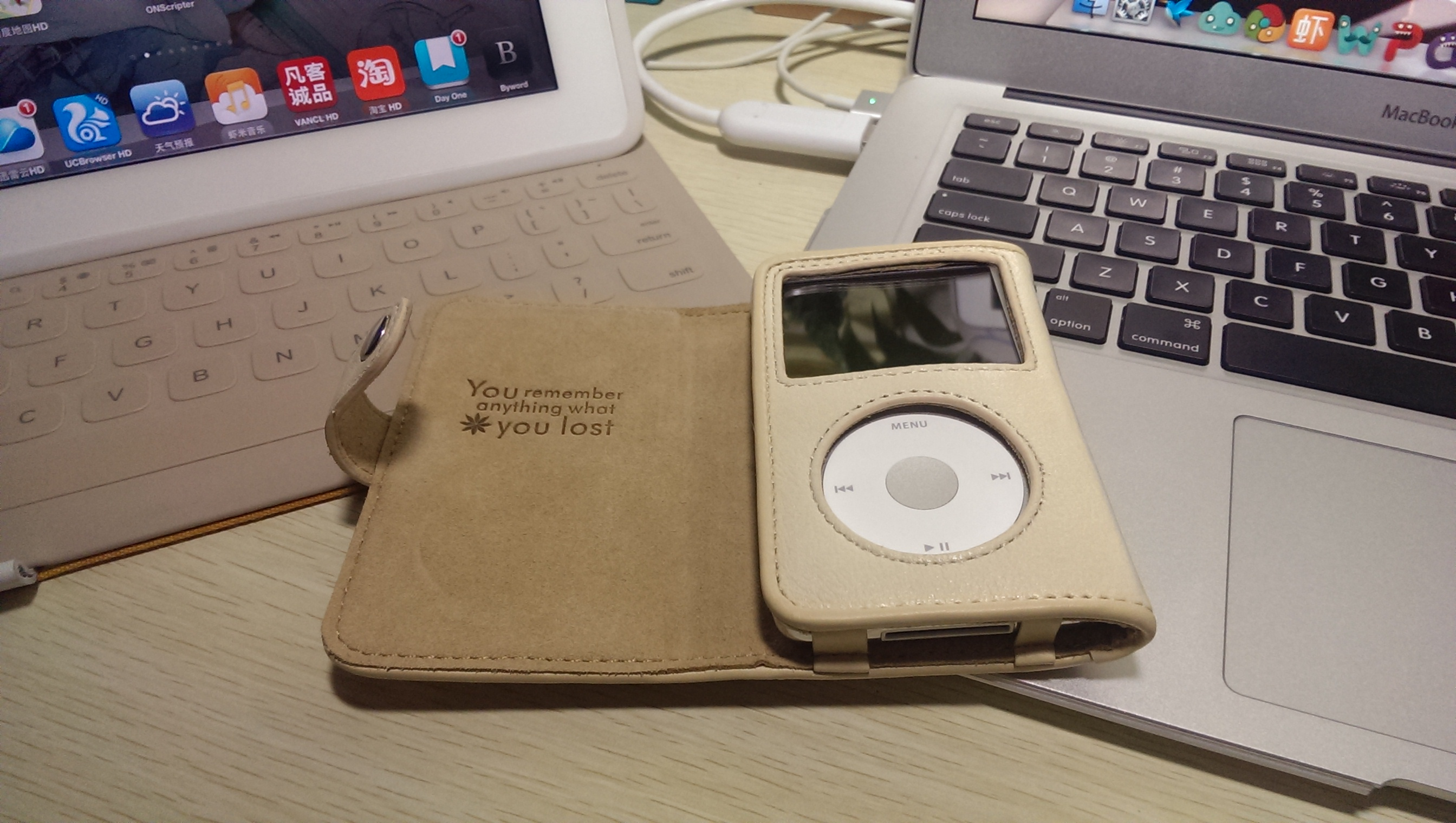 Apple Macbook, Computer, Electronic, Ipod, Laptop, HQ Photo