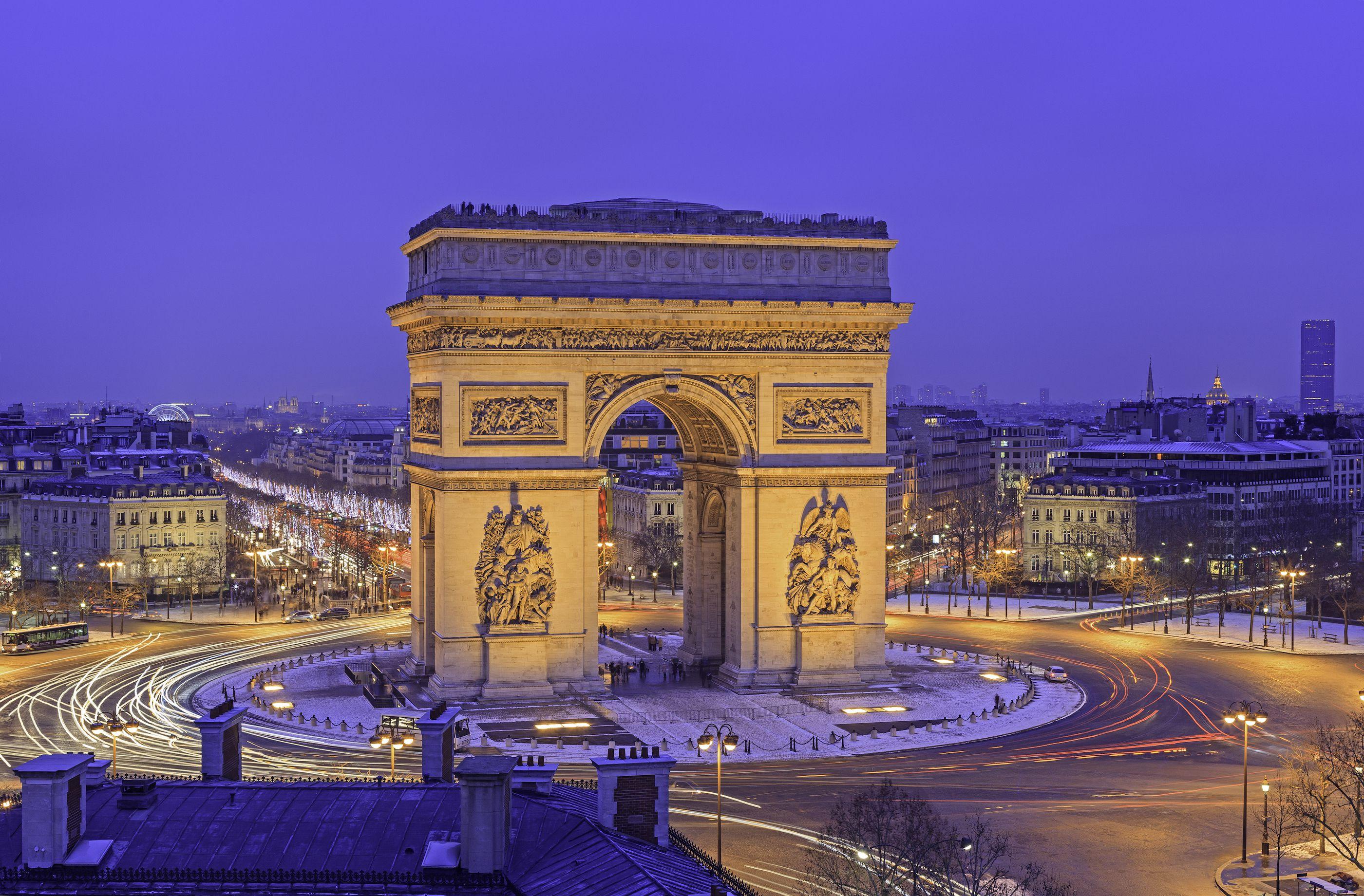 The Arc de Triomphe in Paris: Complete Visitors' Guide