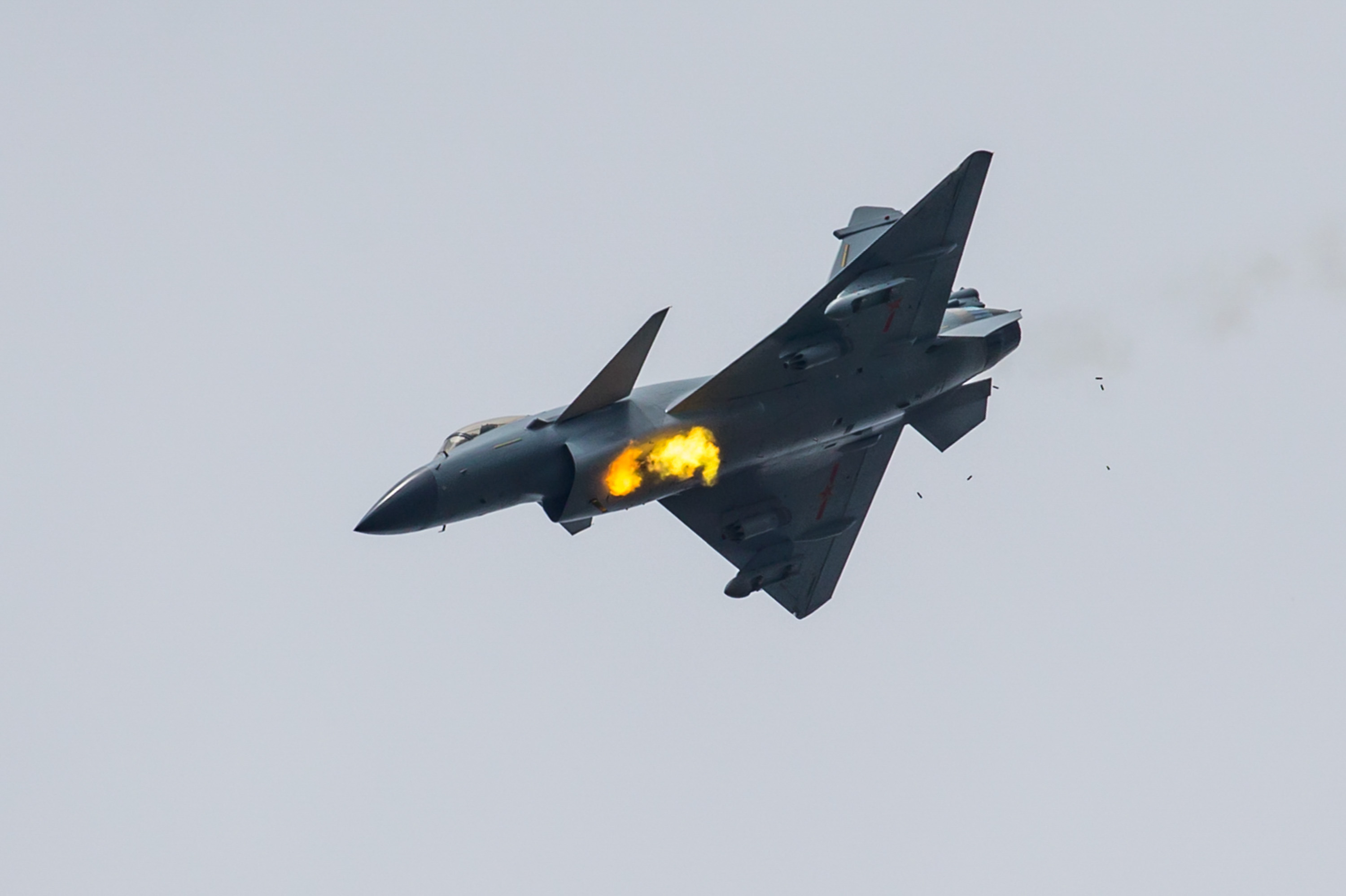 Chinese J-10B fighter jets in training for 2017 International Army ...