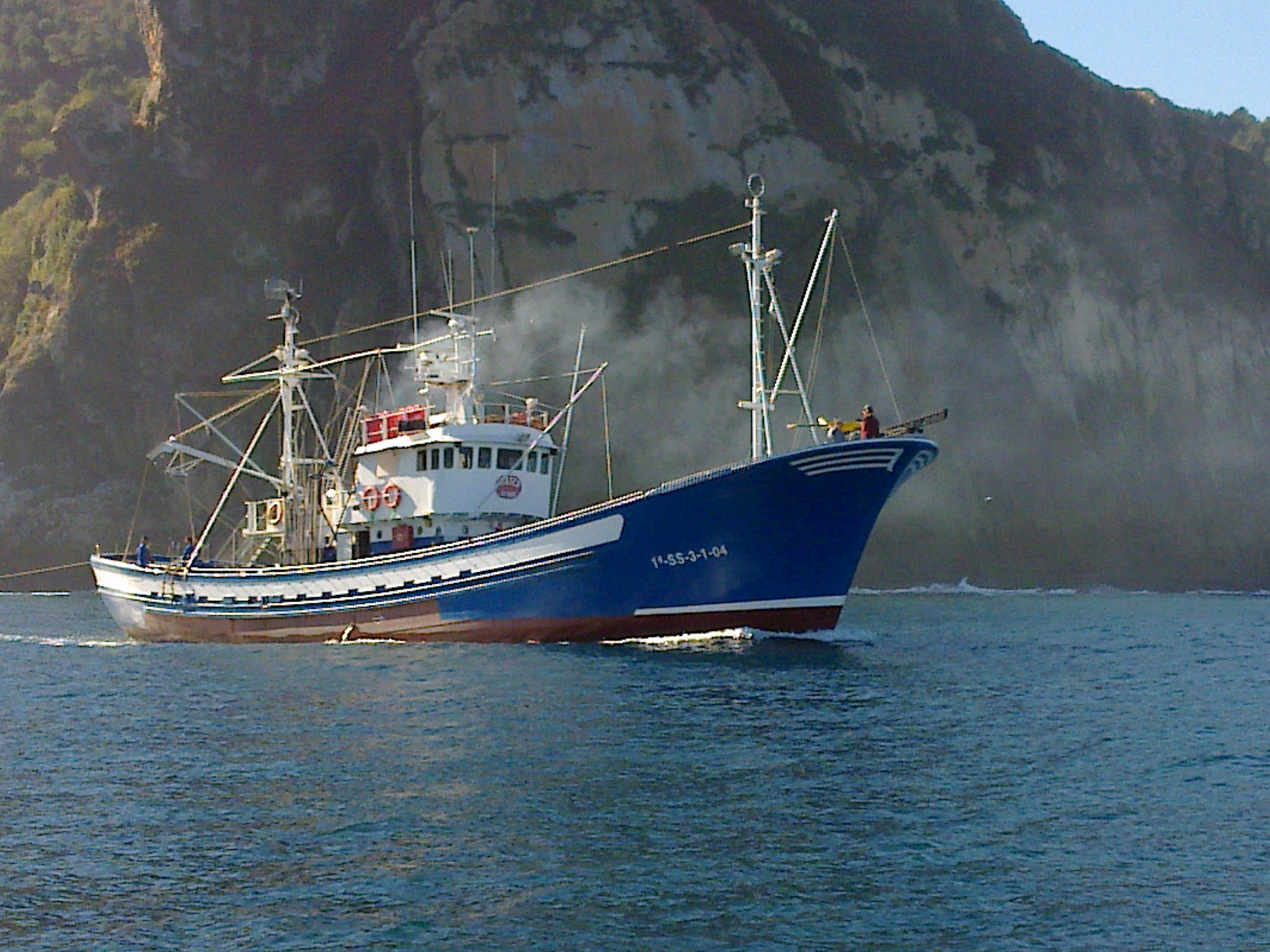 A typical fishing ship   Boats - Big and Little that I like the ...