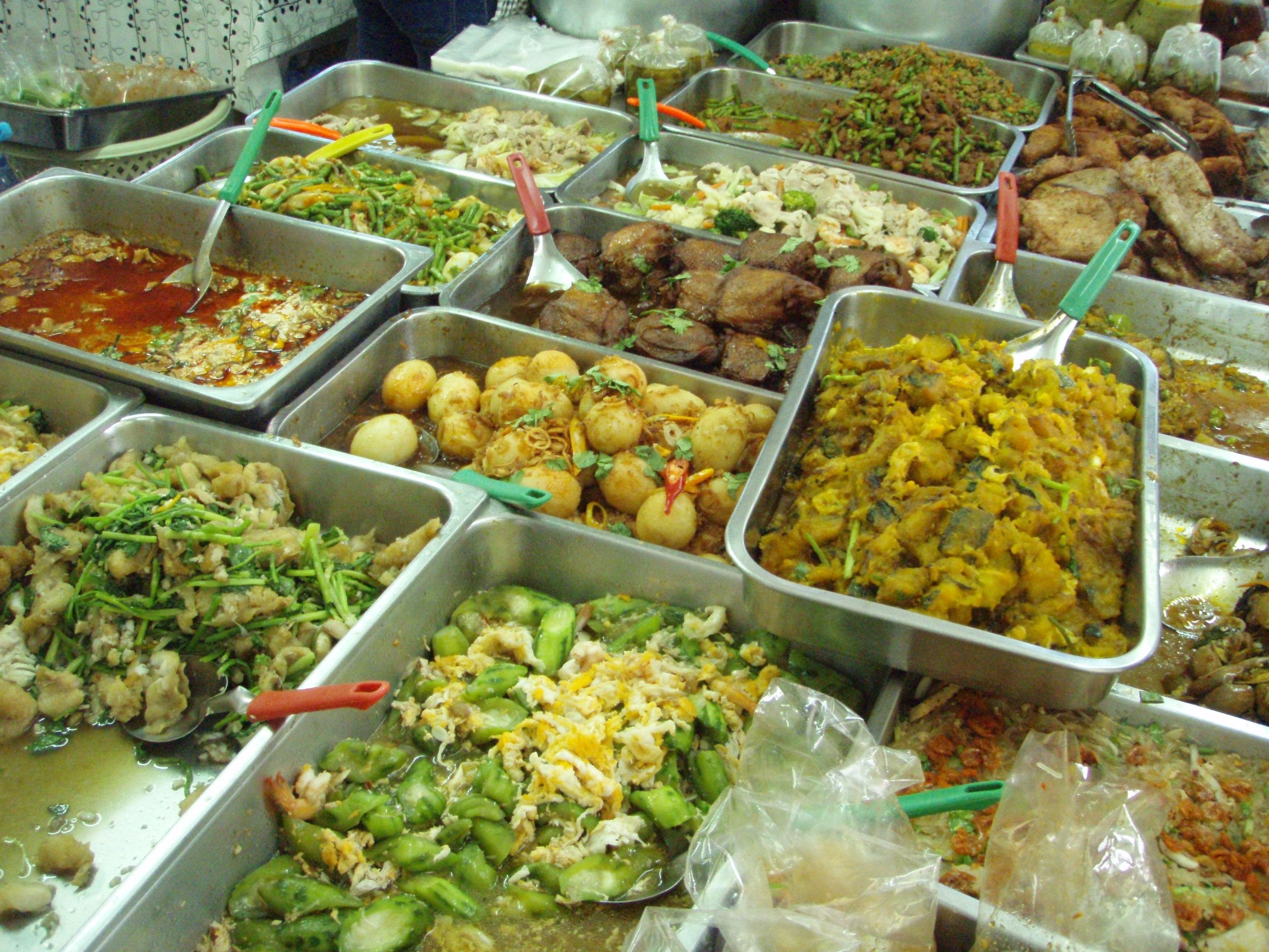 Thai Street Foods: Tasty Vintage Thai Foods and Desserts at the ...