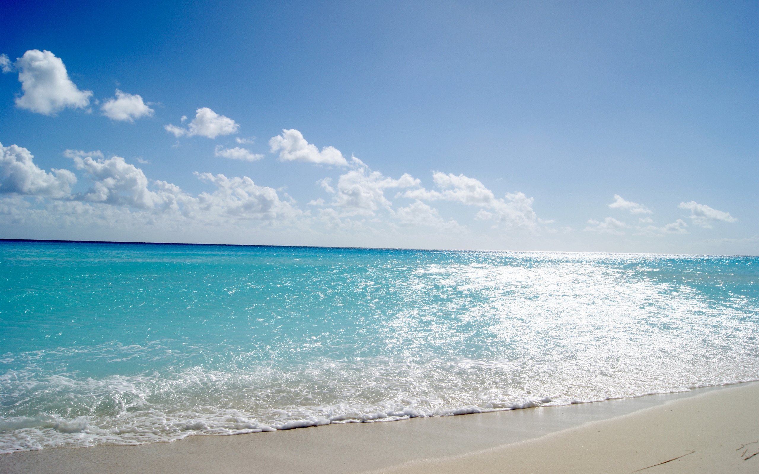 Summer at the sea / 2560 x 1600 / Water / Photography | MIRIADNA.COM