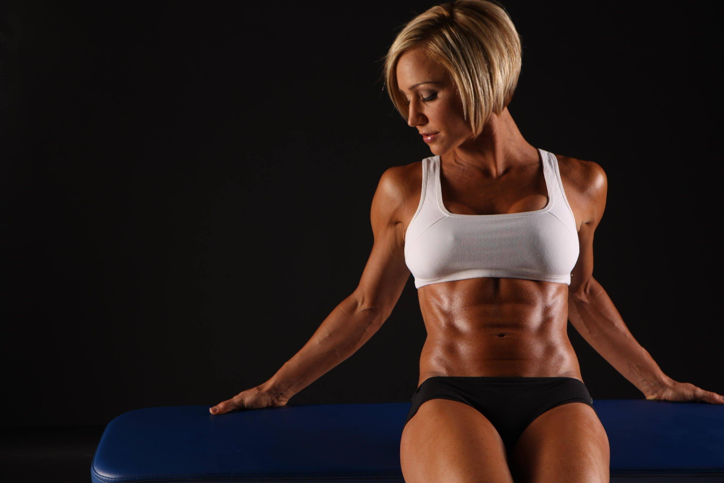 Athletic Women - WallDevil