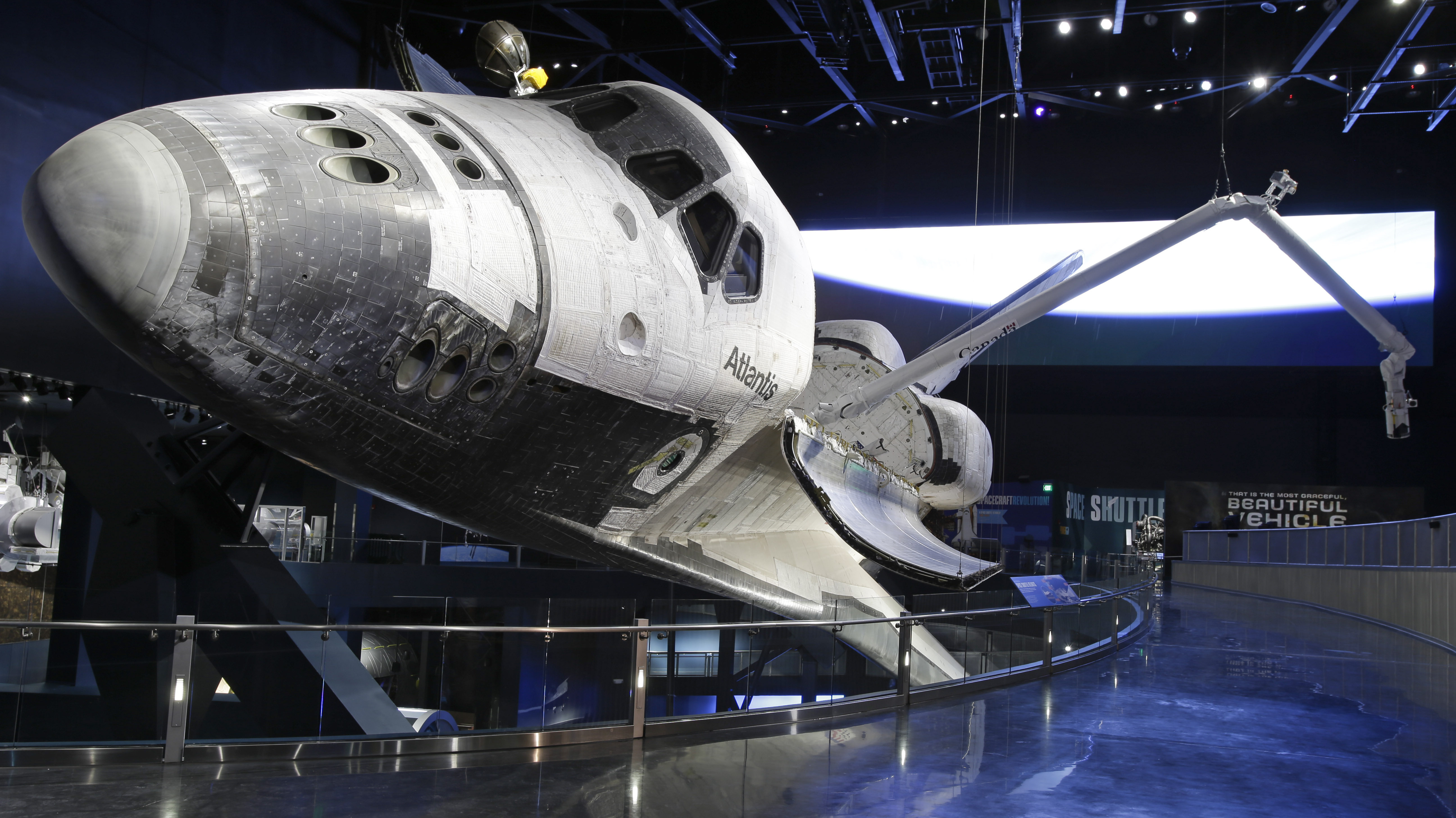 NASA; KENNEDY SPACE CENTER AND SPACE SHUTTLE ATLANTIS WELCOME YOU ...