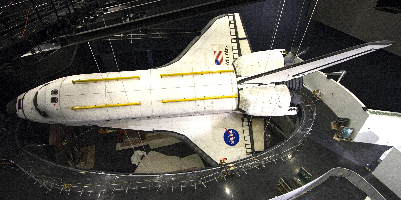 Plastic Wrap Removed from Shuttle Atlantis   NASA