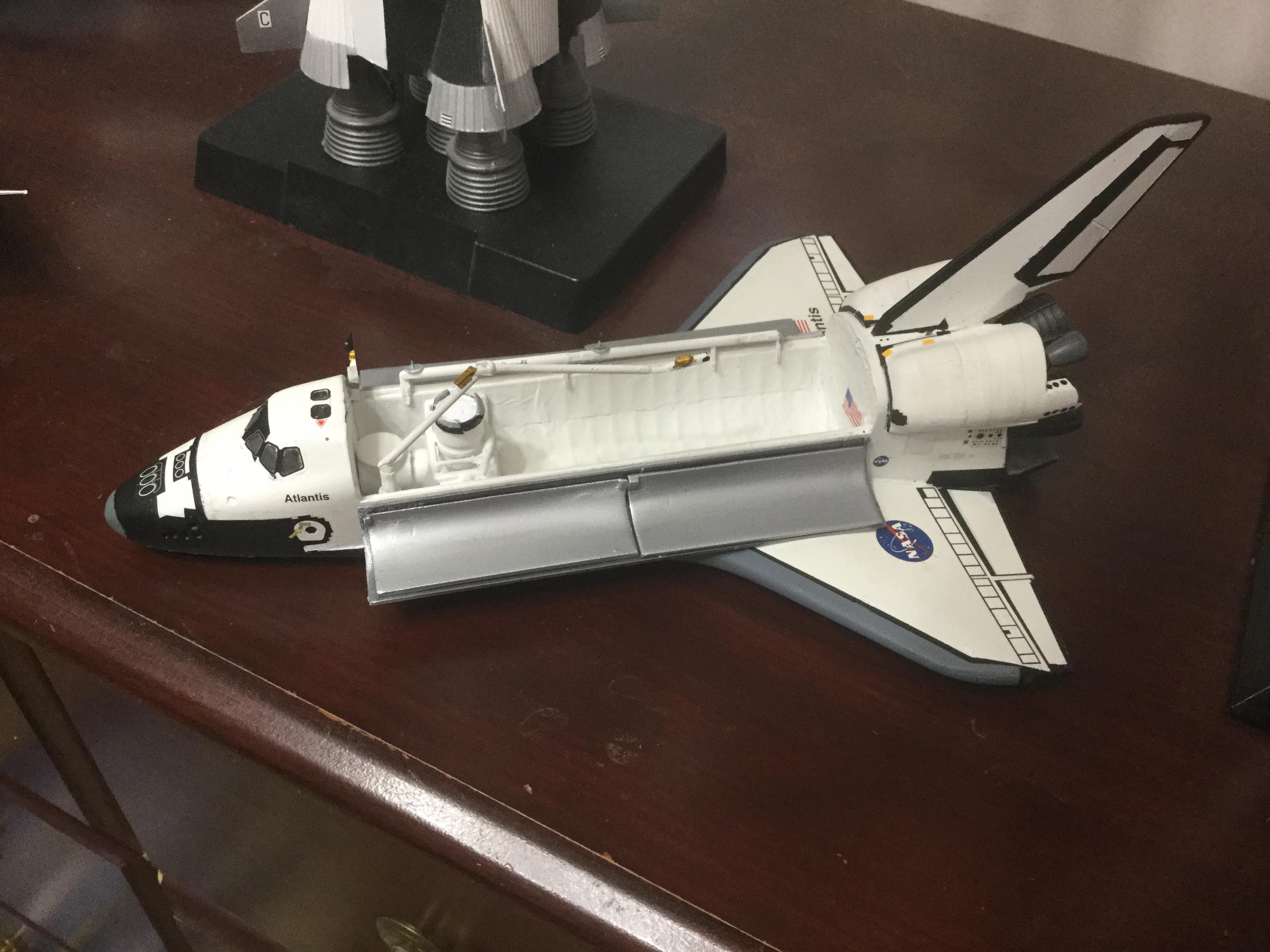 1/144 Revell Space Shuttle Atlantis