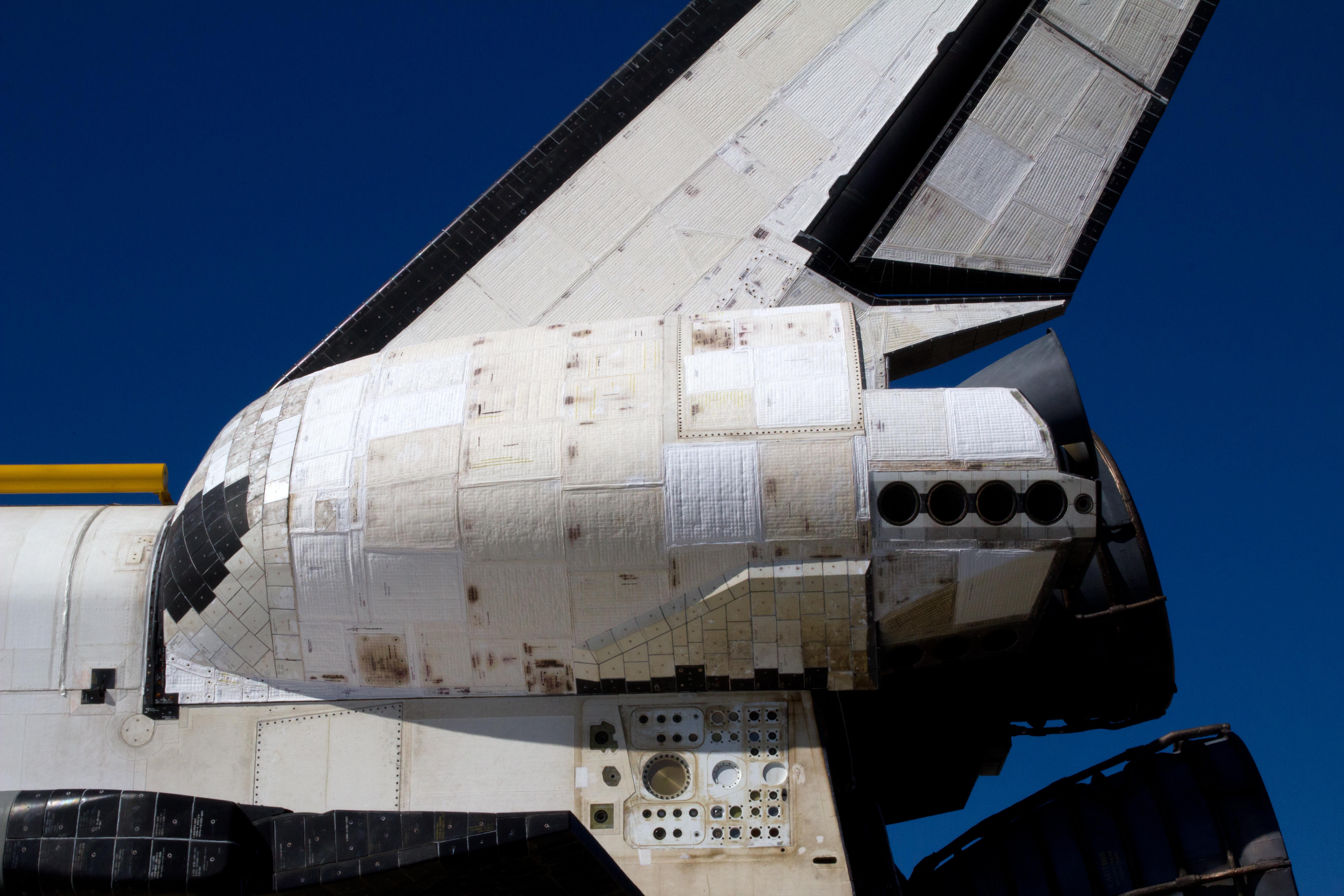 Back View of Space Shuttle Atlantis   naturetime