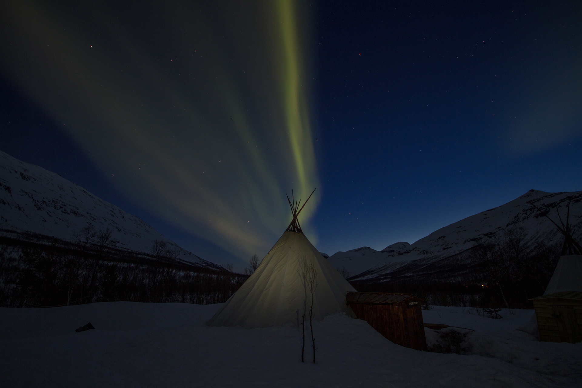 Northern lights chase to Aurora camps - Destination Tromso