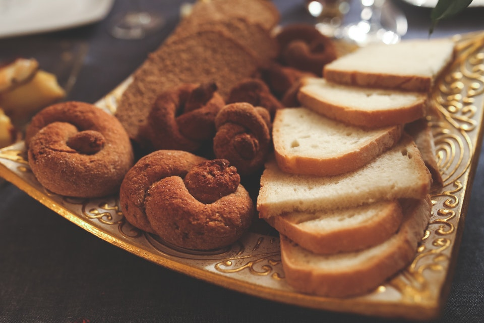 Bagels and bread, Fruit, Wood, Sweet, Sugar, HQ Photo