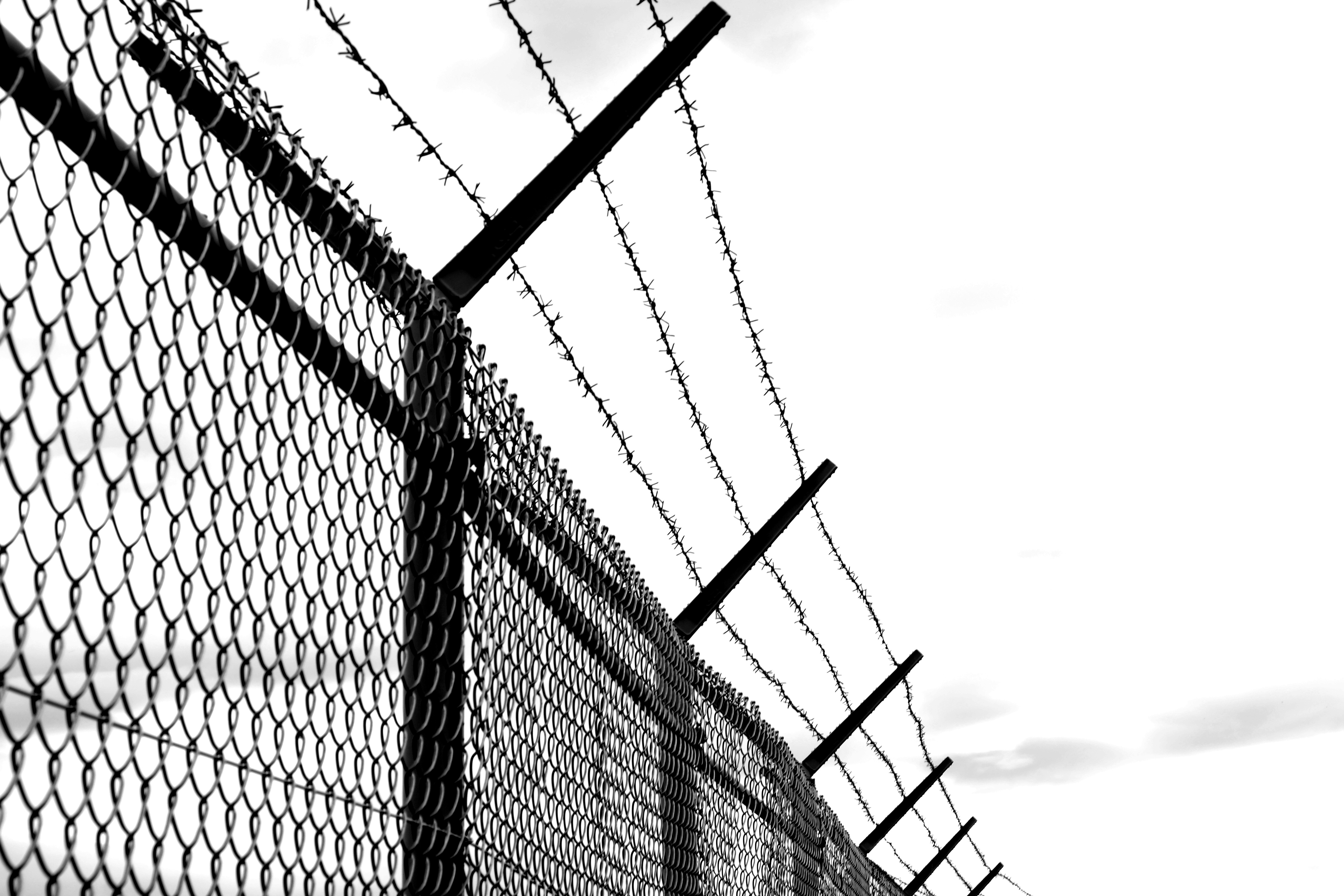 Outstanding Razor Wire Fence Photos - Electrical and Wiring Diagram ...