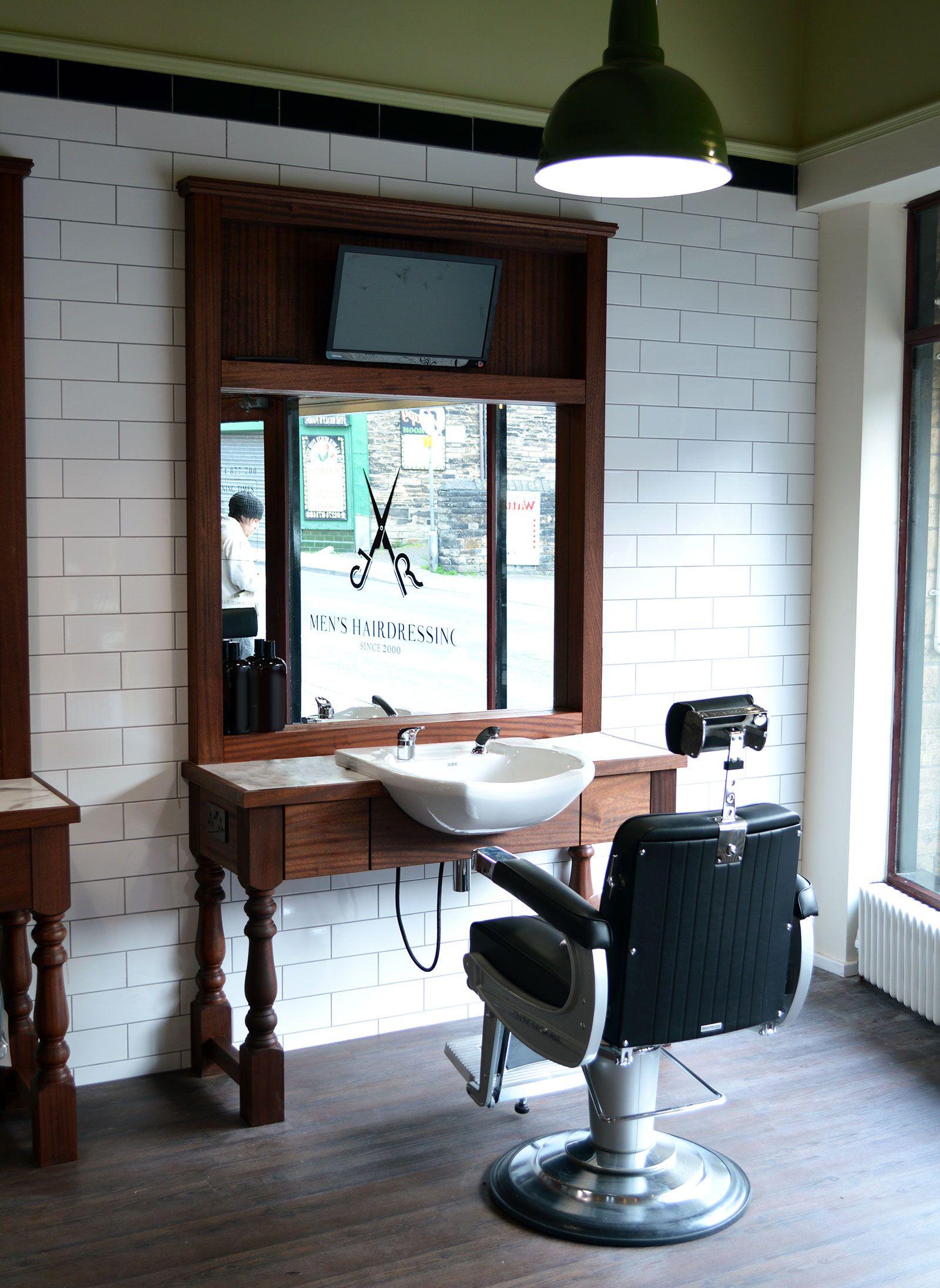 Barbers Cutting Station - JR MENS | Barber shops | Pinterest ...