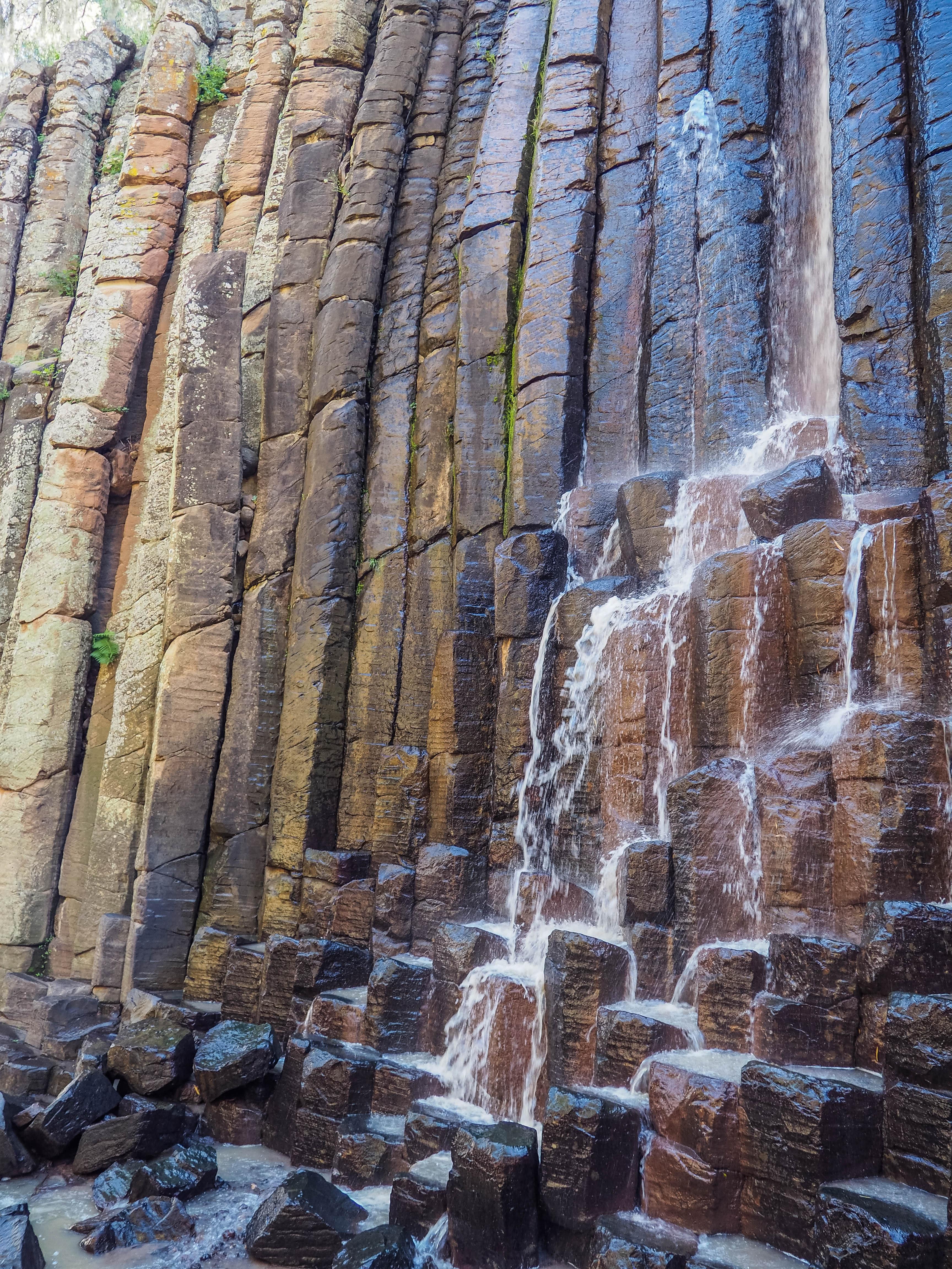 Days 51-52: Basalt Pillars and the Caves of Tolantogo | Terra Trekkers