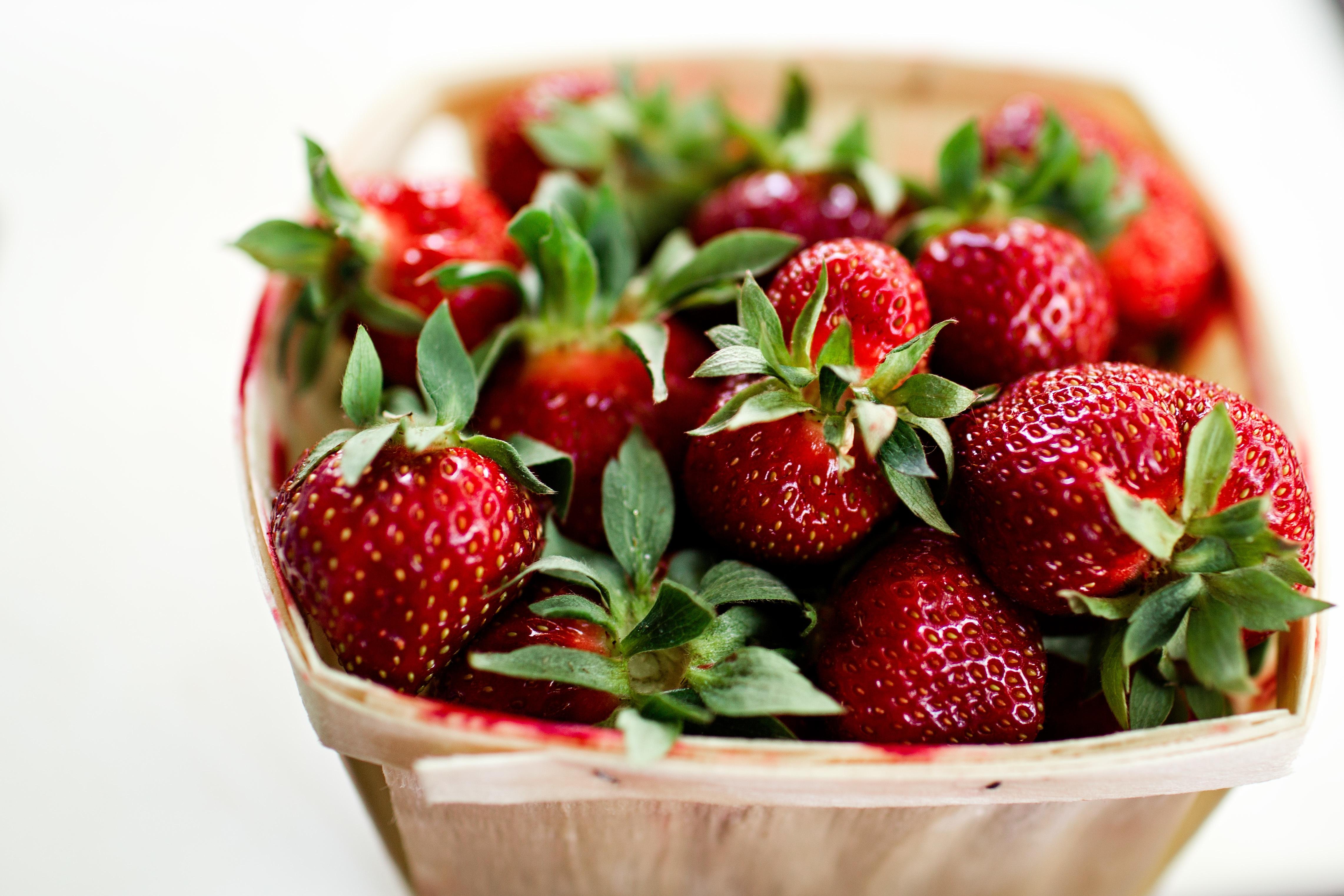 Basket of strawberry photo