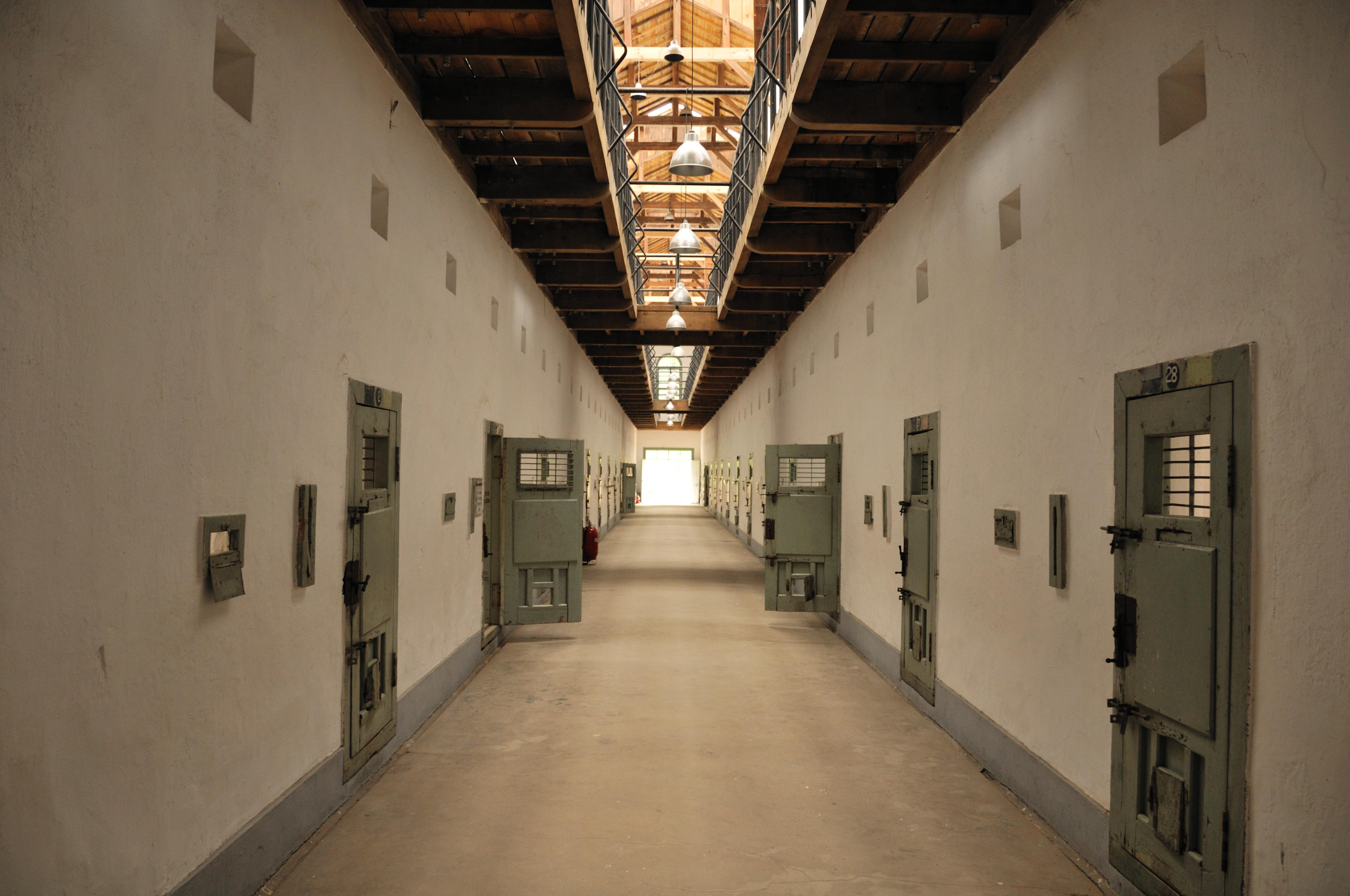 Escaped Alcatraz Prisoners From 1962 Might Still Be Alive, Plus 4 ...
