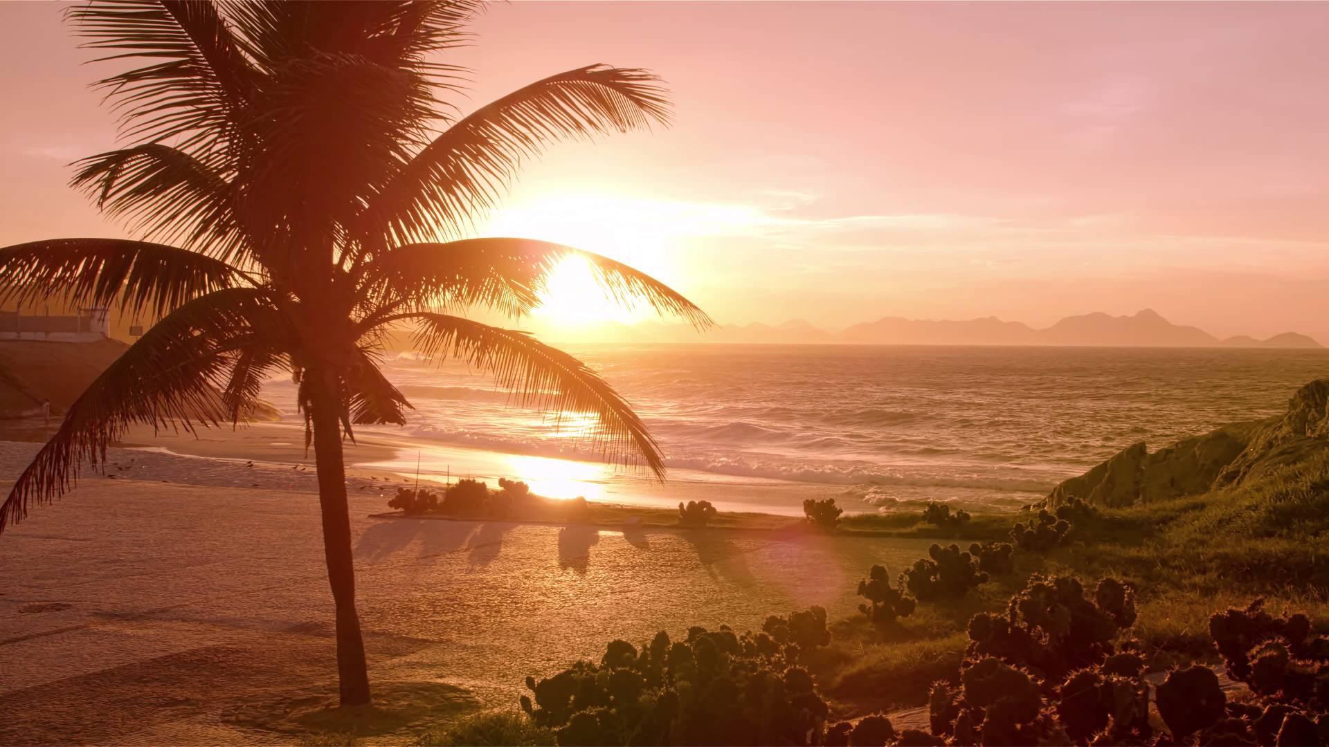 Empty Ipanema beach at sunset - YouTube