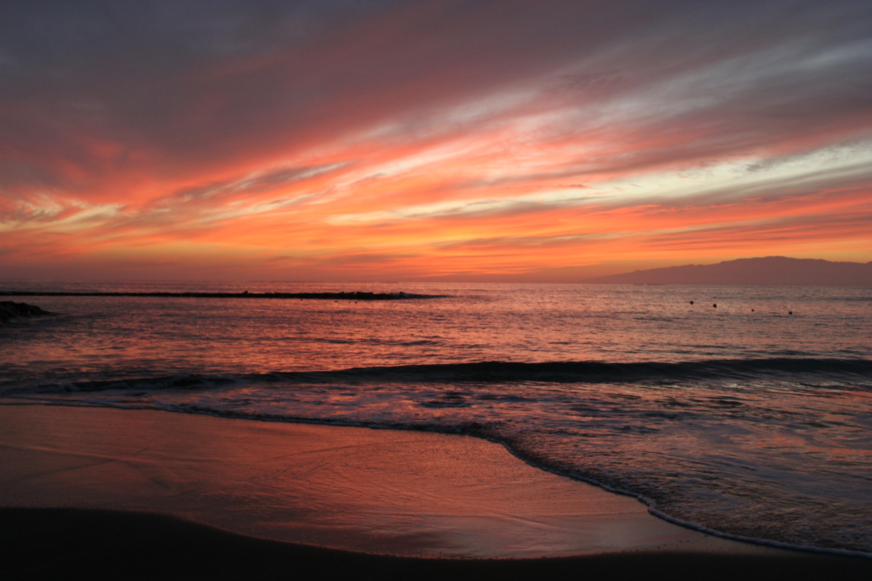 File:Fanabe beach sunset.jpg - Wikimedia Commons