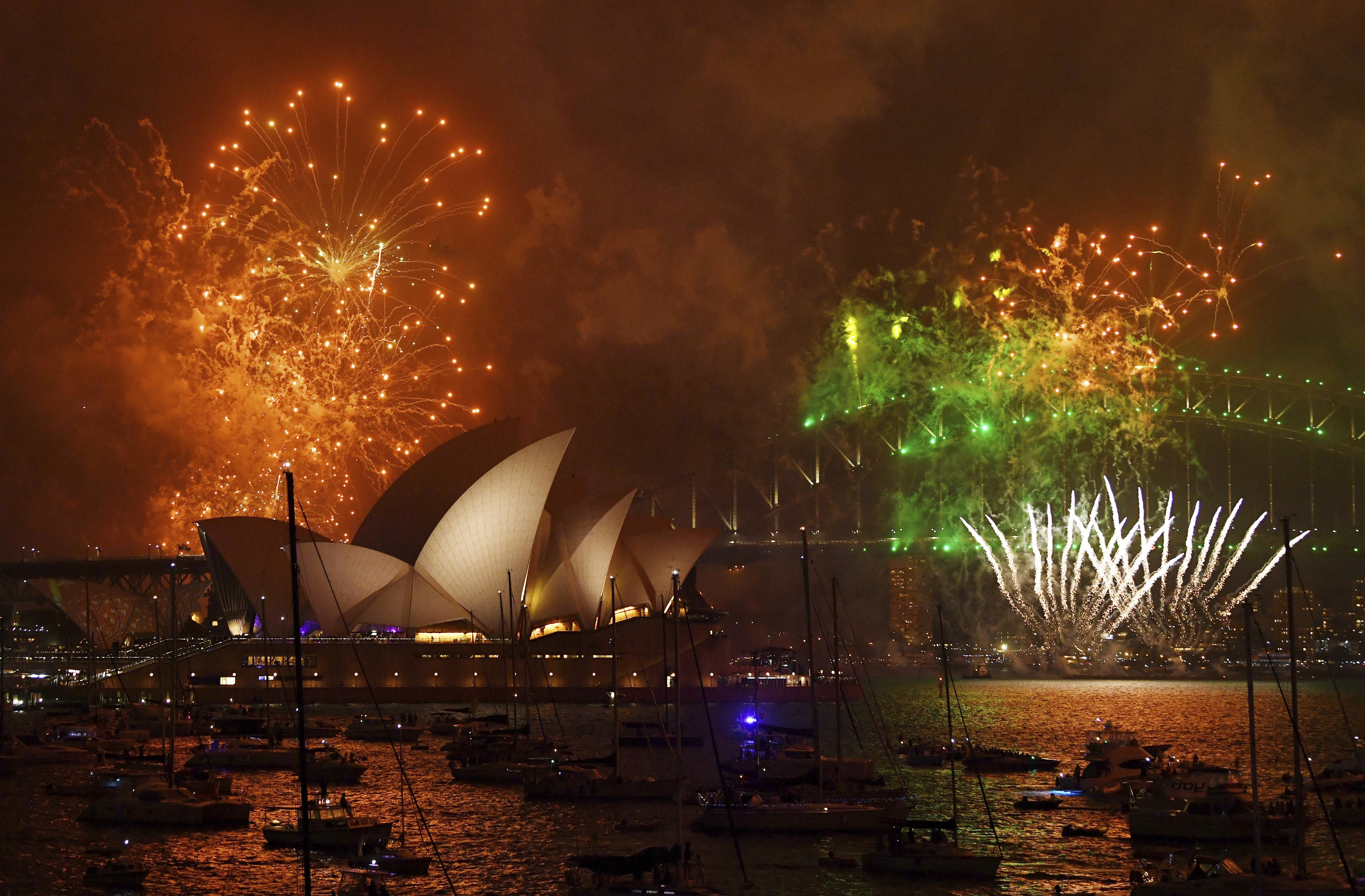 Fireworks, prayers as revelers around the world welcome 2018 | The ...