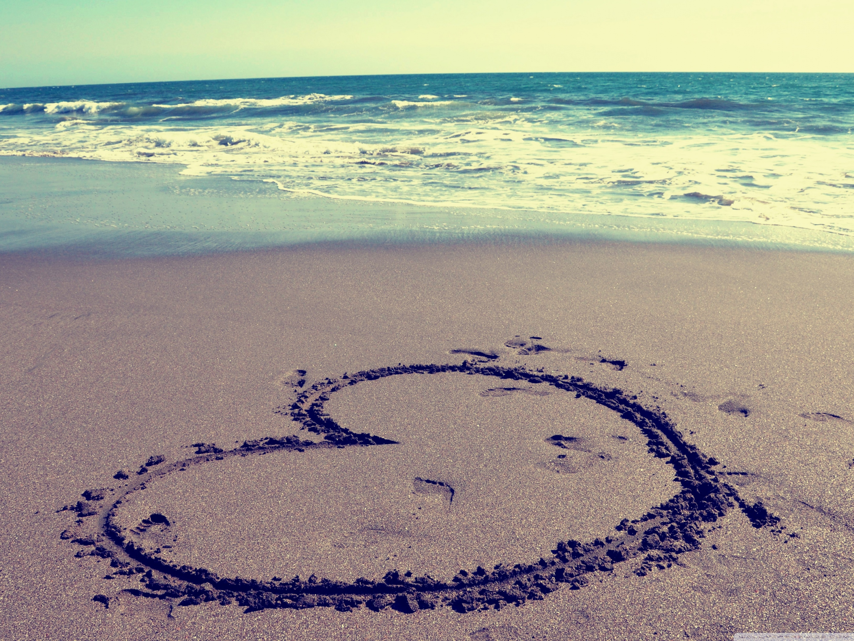Awesome Beach Heart Love Wallpapers Phone | The Most Beautiful Beach ...